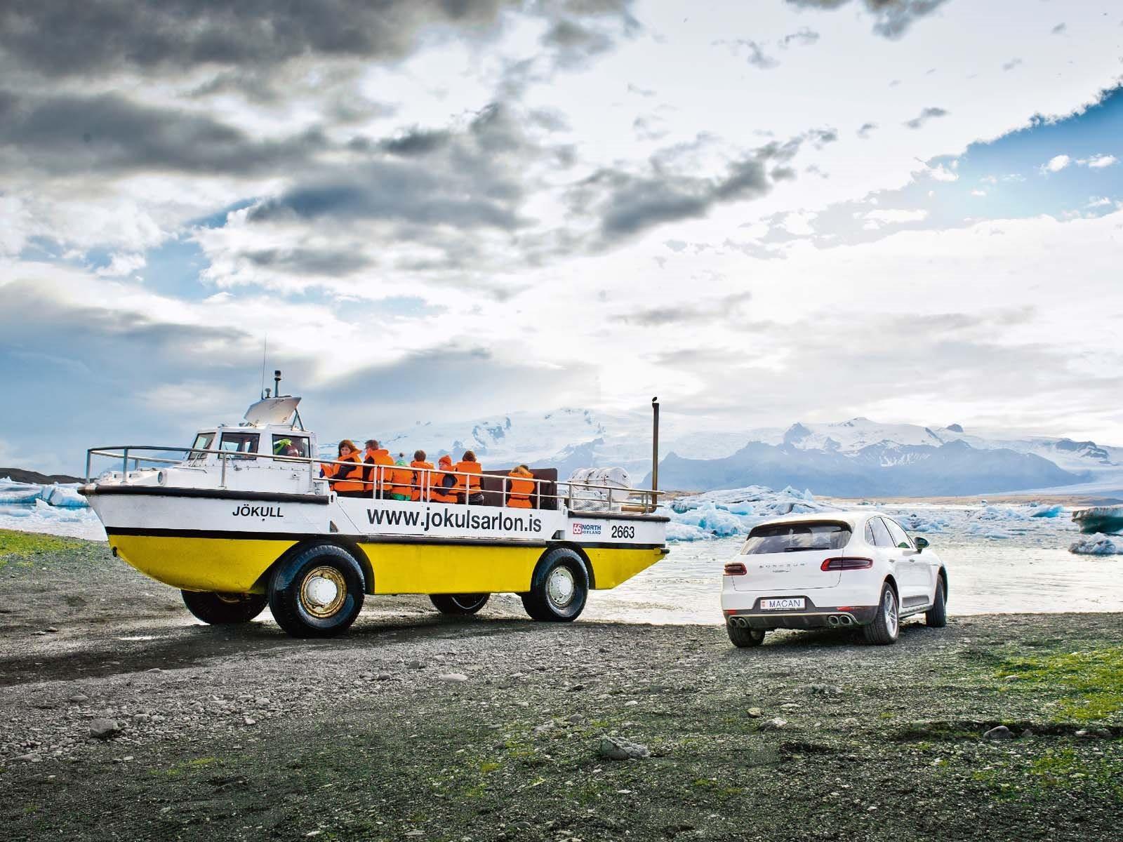 «Тем не менее, нет причин просто отказаться от дизельного топлива». Обоснования у Porsche такие же, что и у его соперников - дизельные двигатели обычно производят меньше выбросов CO2, чем бензиновые, что важно для достижения намеченного целевого пока