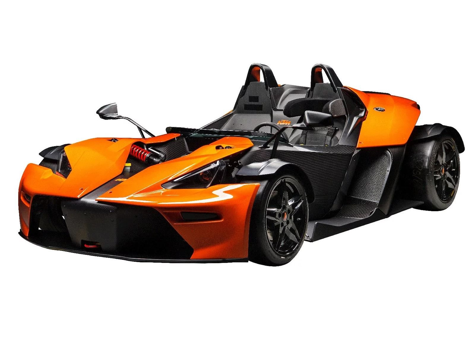 Тем не менее, он все же намного легче, чем Mazda MX-5.