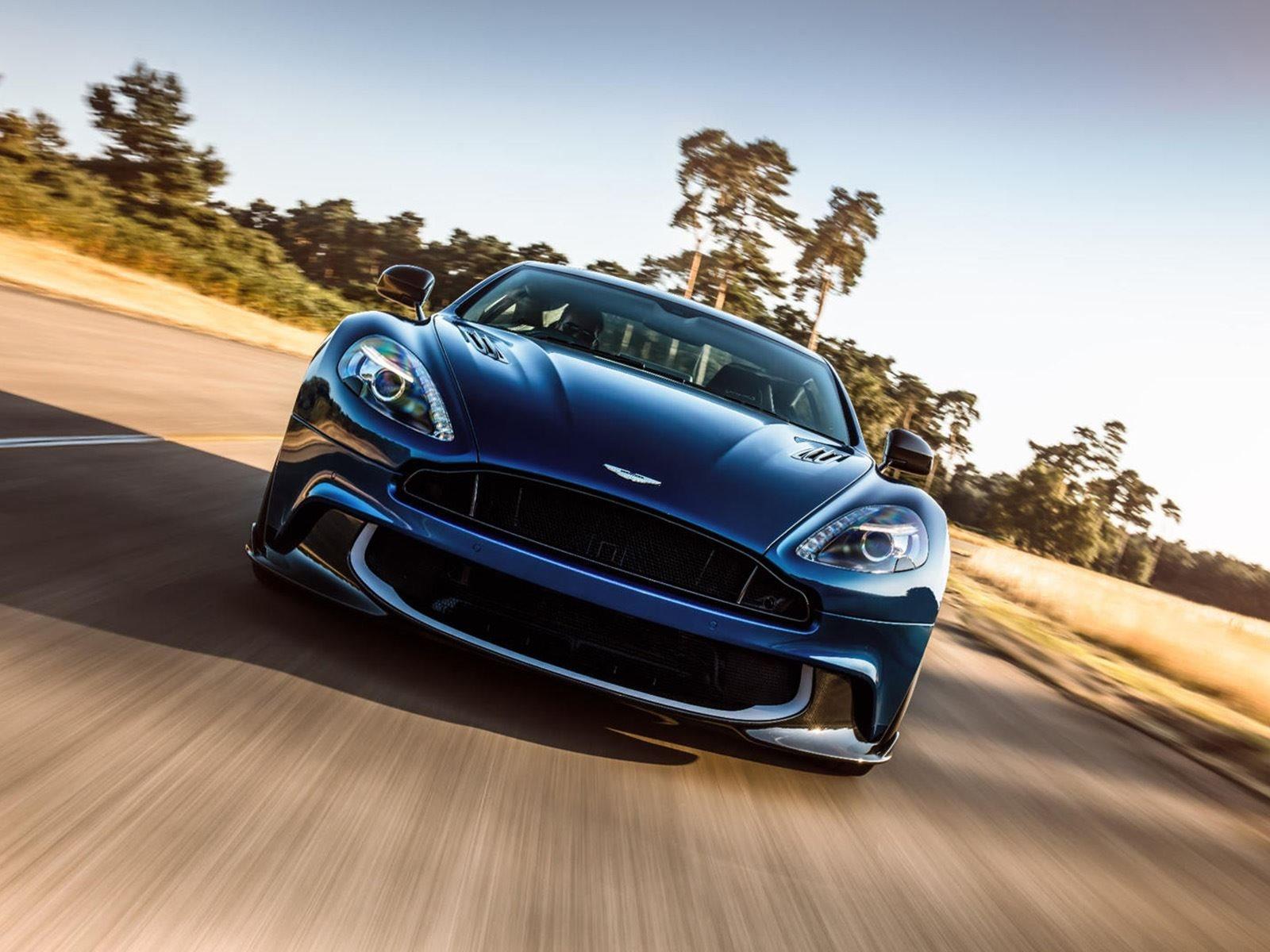Aston Martin покажет DBS Superleggera в июне, поэтому нам осталось ждать не так уже долго. Что касается Vanquish, его название будет использоваться для предстоящего гибридного суперкара Aston Martin, который будет конкурировать с Ferrari 488 GTB и Mc