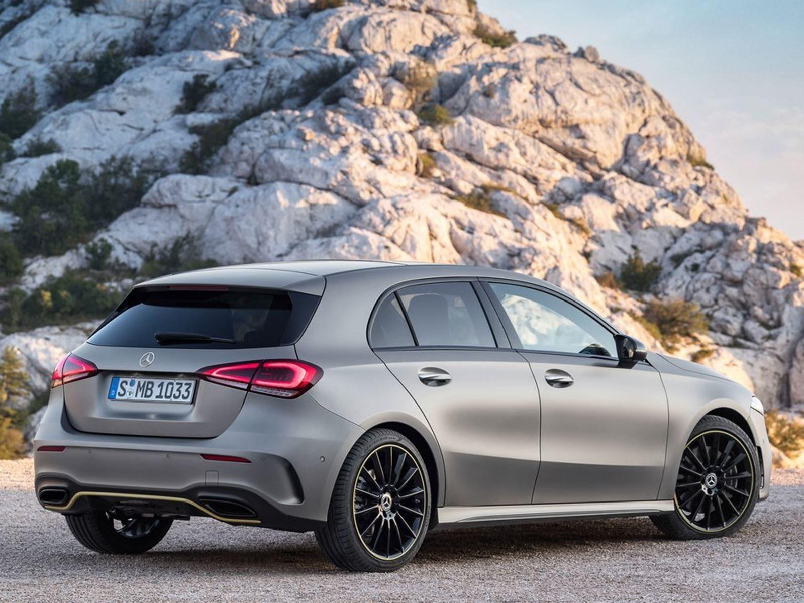 Недавно мы узнали, что компактный автомобиль начального уровня получит до восьми новых моделей, включая седан, специально разработанный для американского рынка. До сих пор Mercedes показал только вариант хэтчбек в Женеве, который будет выпущен в Евро