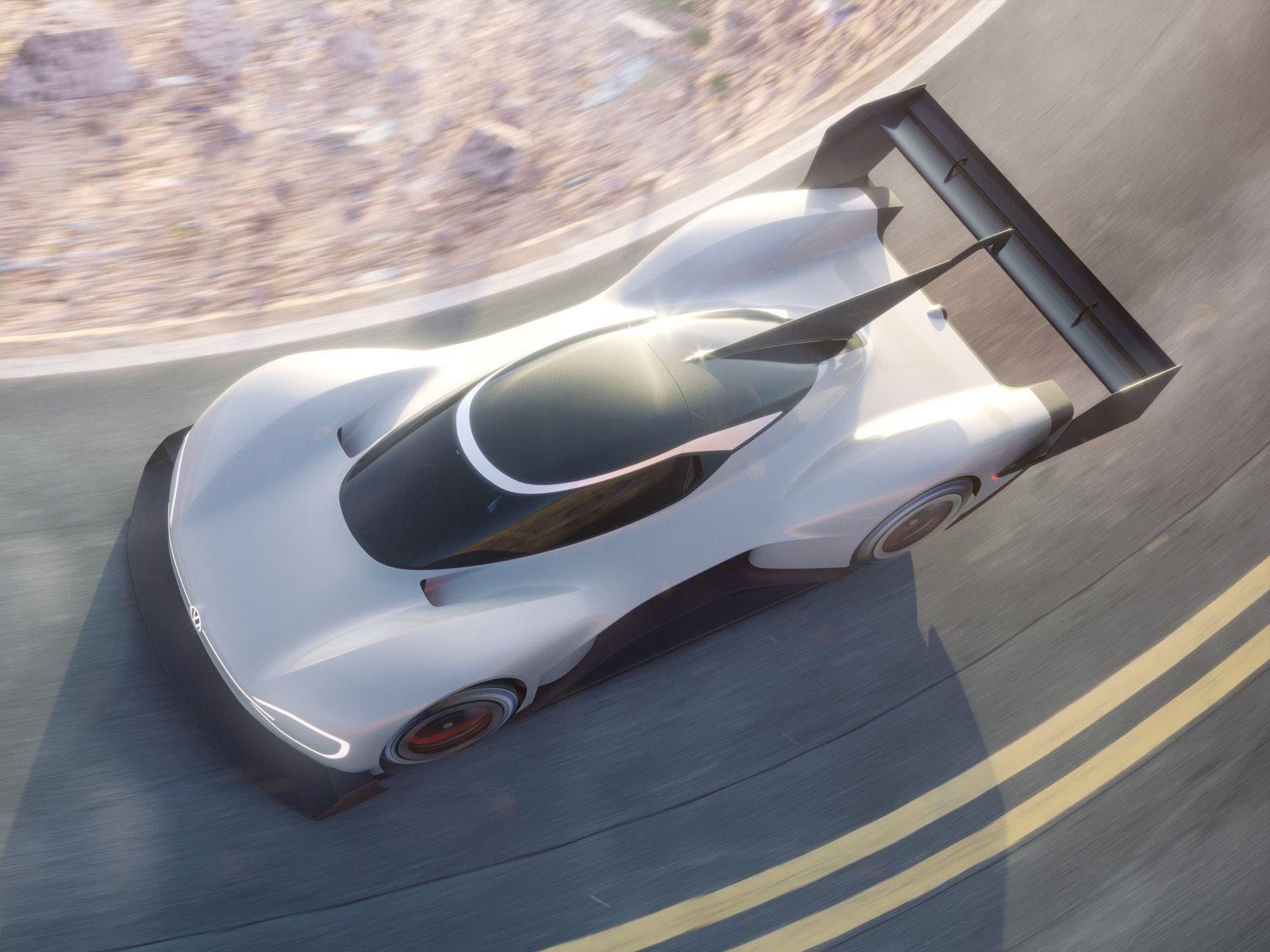 Volkswagen хочет побить существующий рекорд электромобилей в 8 минут 57,118 секунд, установленный ветераном «холмистой местности» Рисом Милленом на прототипе eO PP100 в 2016 году.