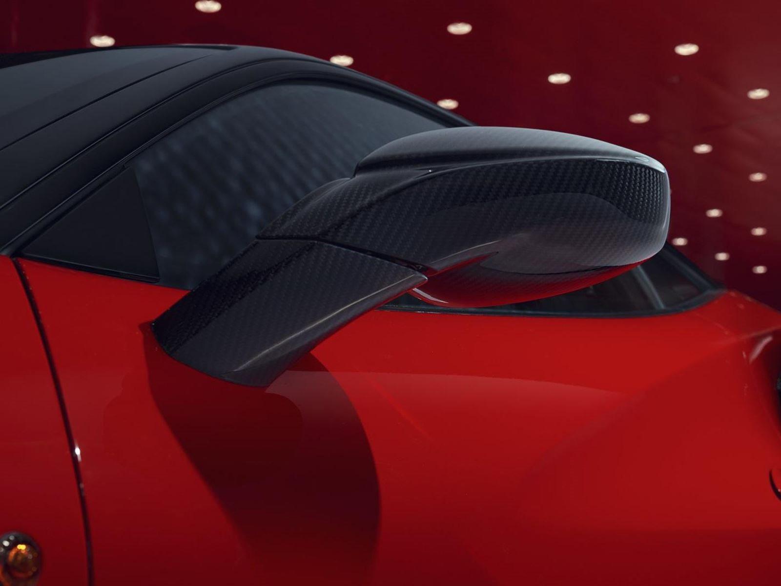 На мероприятии Top Marques Monaco тюнинг-ателье Pogea Racing представило свой проект для 488 GTB, который называется 488 FPlus Corsa, с множеством модификаций, которые делают его еще более мощным, чем мощнейший Pista.