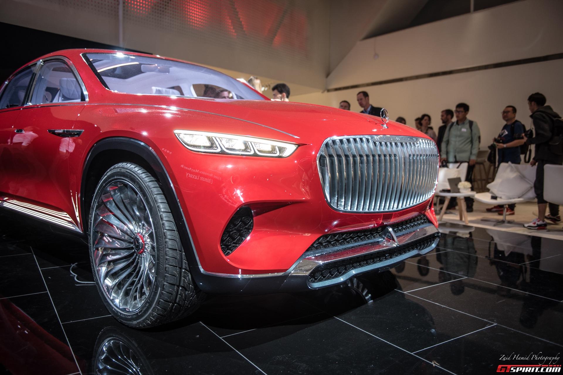 Батарея имеет полезную мощность около 80 кВт-ч и диапазон хода более 500 километров. Максимальная скорость ограничена электроникой на 250 км/ч. Это четкое заявление о намерениях будущих автомобилей премиум-класса от Mercedes-Maybach, которые еще не и