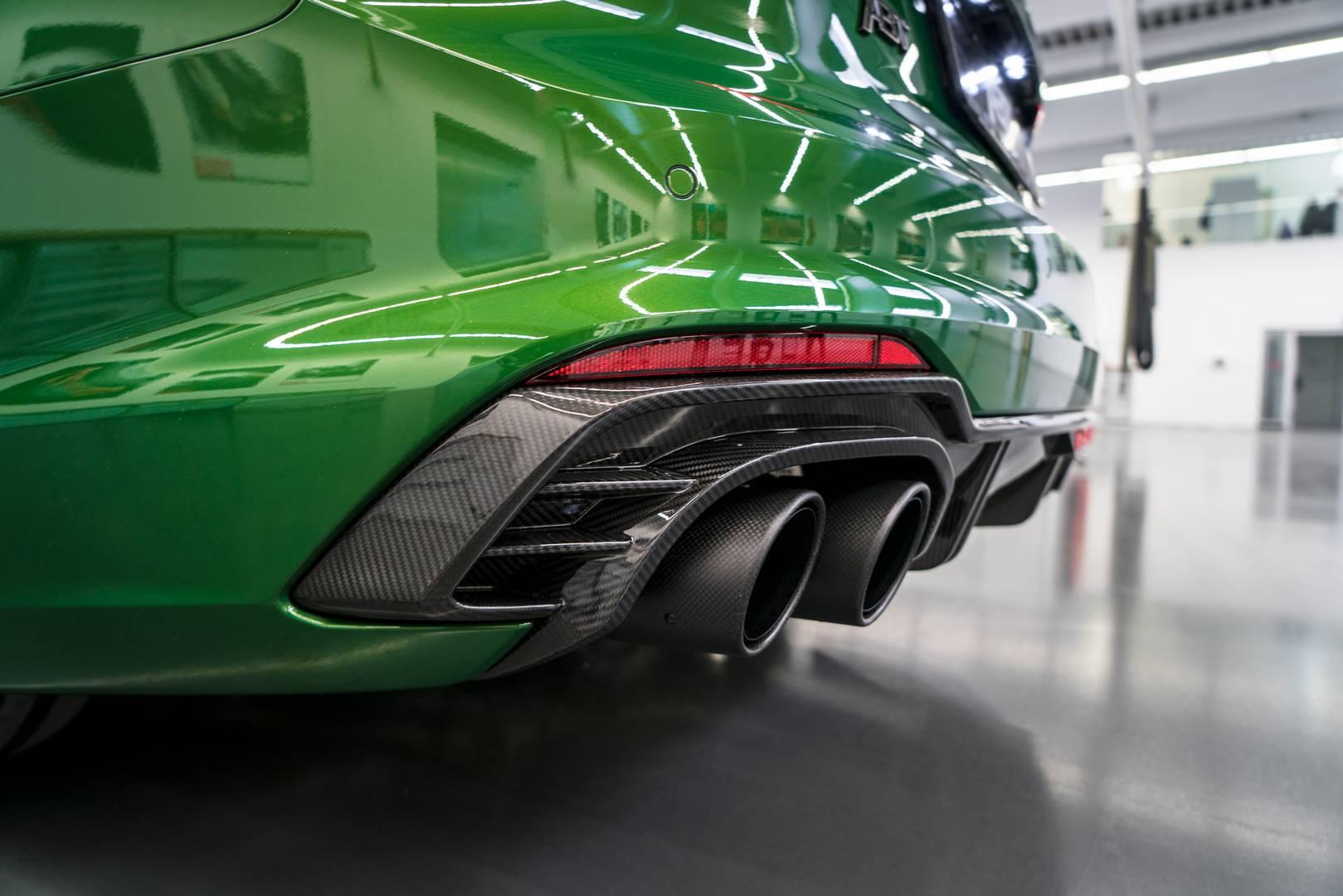 Компании, подобные ABT, играют огромную роль в таких мероприятиях. Немецкое тюнинг-ателье объявило о планах показа трех моделей на выставках в этом году; ABT R8-Art-Car, RS4-R и RS5-R.