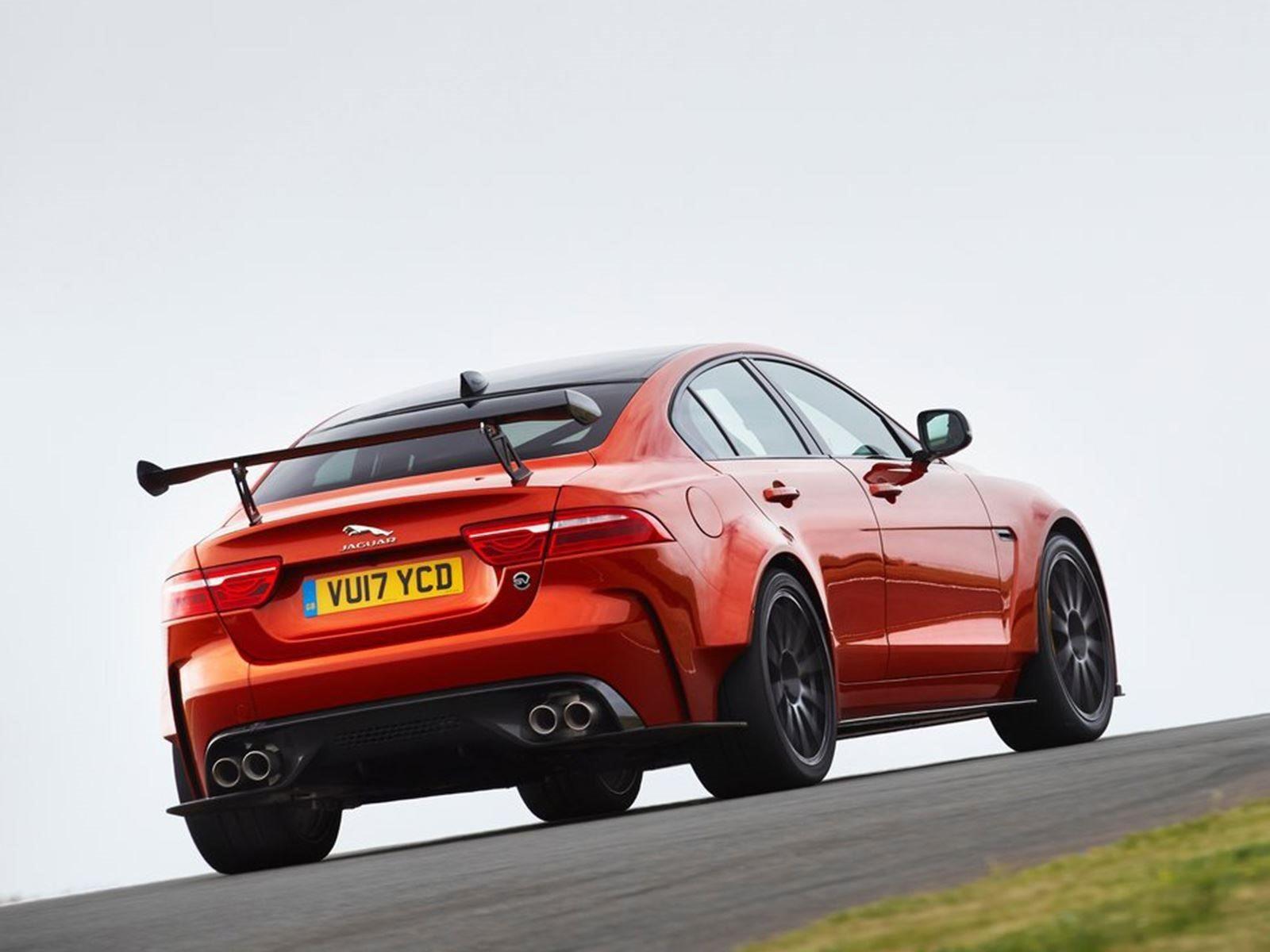 Project 7 имел крышу, предназначенную для того, чтобы выглядеть как гоночный автомобиль D Type, а Project 8 - единственный XE, доступный с двигателем V8. «Будет Project 9», - сказал  «Top Gear» Джон Эдвардс, босс SVO Jag. «Но нет решения, каким он бу
