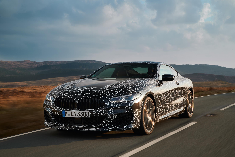 Крутящий момент также был увеличен на 100 Нм до 750 Нм. Мощность должна передается на трансмиссию через измененную версию 8-ступенчатой коробки передач Steptronic от BMW.