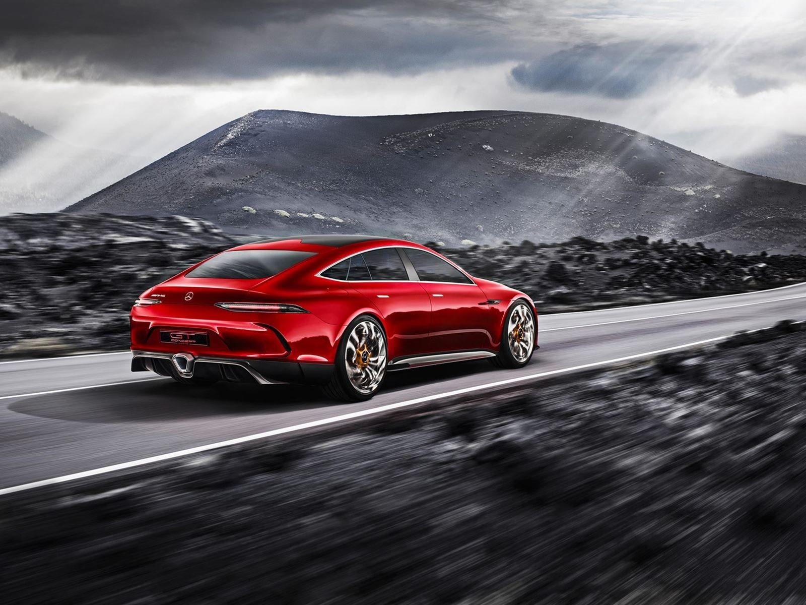 Гибридная установка была впервые показана в потрясающем Mercedes-AMG GT Concept на Женевском автосалоне 2017.