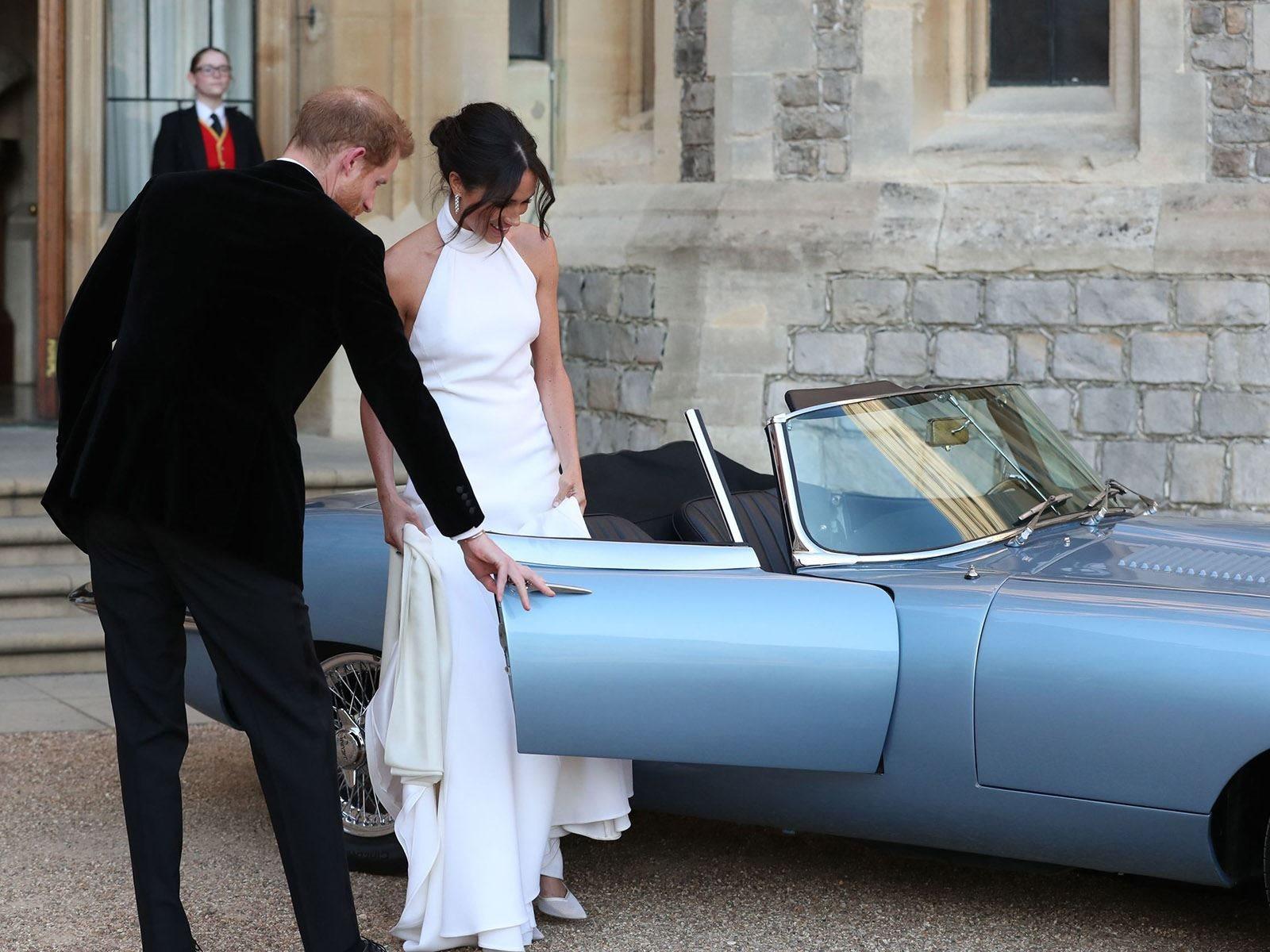 Производство Phantom IV было ограничено только 18 экземплярами между 1950 и 1956 годами, Rolls-Royce только делал их для тех, кого он считал достойными – для королевской семьи и глав государств. В настоящее время известно только о 16, 15 из них наход