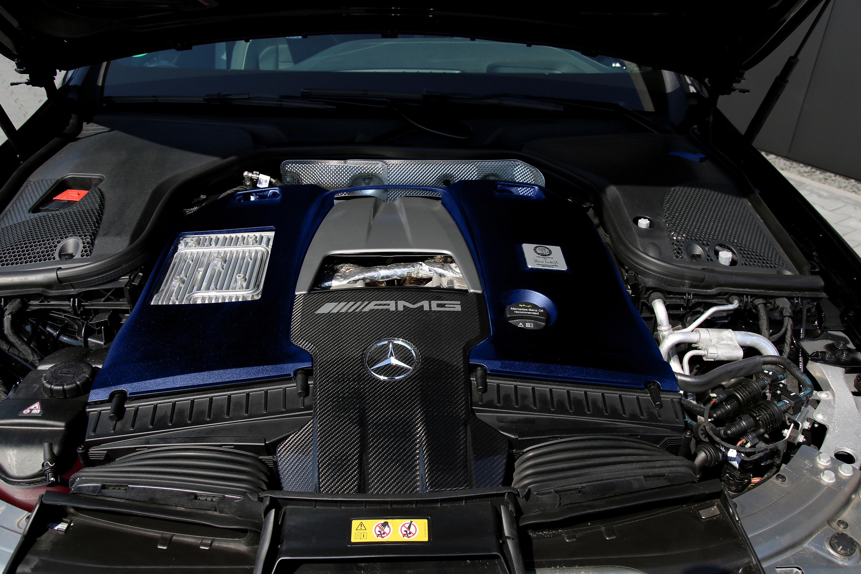 И нам также нравится то, как команда Posaidon дополнила внешность автомобиля.