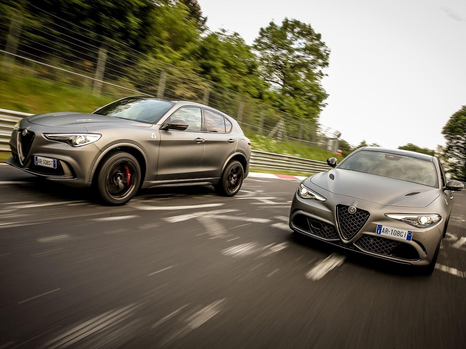 В заднеприводной Giulia Quadrifoglio, разгон от 0 до 100 км/ч занимает всего 3,9 секунды, прежде чем внедорожник достигнет 305 км/ч. Полноприводный Stelvio разгоняется до сотни за 3,8 секунды и достигнет максимальной скорости 280 км/ч. Владельцам спе