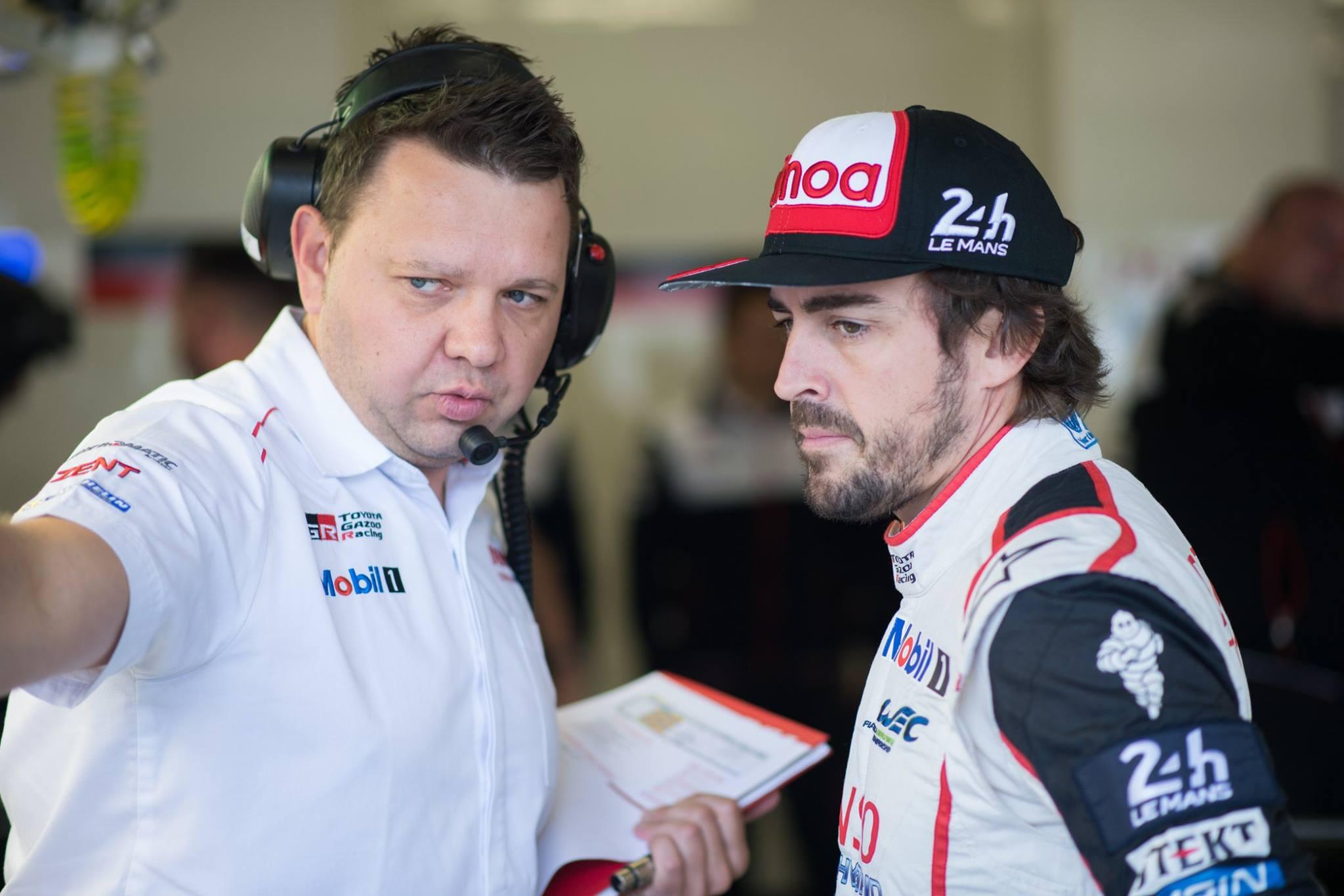 Победу одержала машина № 8 Toyota, пилотируемая опытным дуэтом Кадзуки Накадзима и Себастьяном Буэми вместе с новичком Фернандо Алонсо, который впервые одержал победу в гонке!