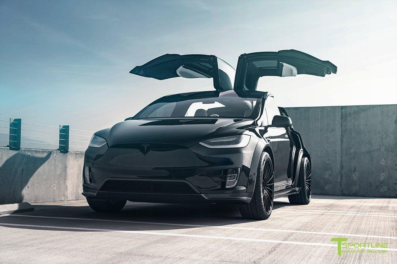 Тем не менее, компания T Sportline, которая, как говорят, является «первым в мире тюнером Tesla», решила добавить некоторые обновления для топовой модели линейки Tesla – Model X P100D. Их программа называется «T Largo» и включает в себя комплект аэро