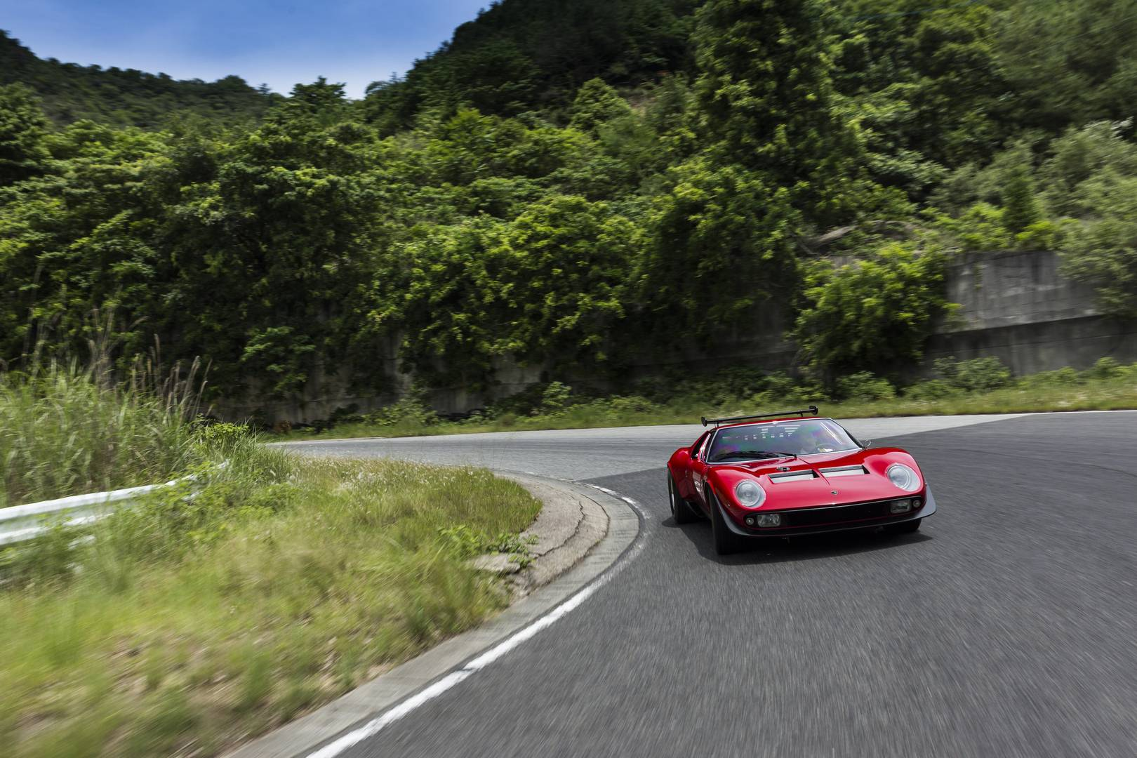 Lamborghini недавно объявил, что отдел Lamborghini Polo Storico завершил восстановление своей Miura.