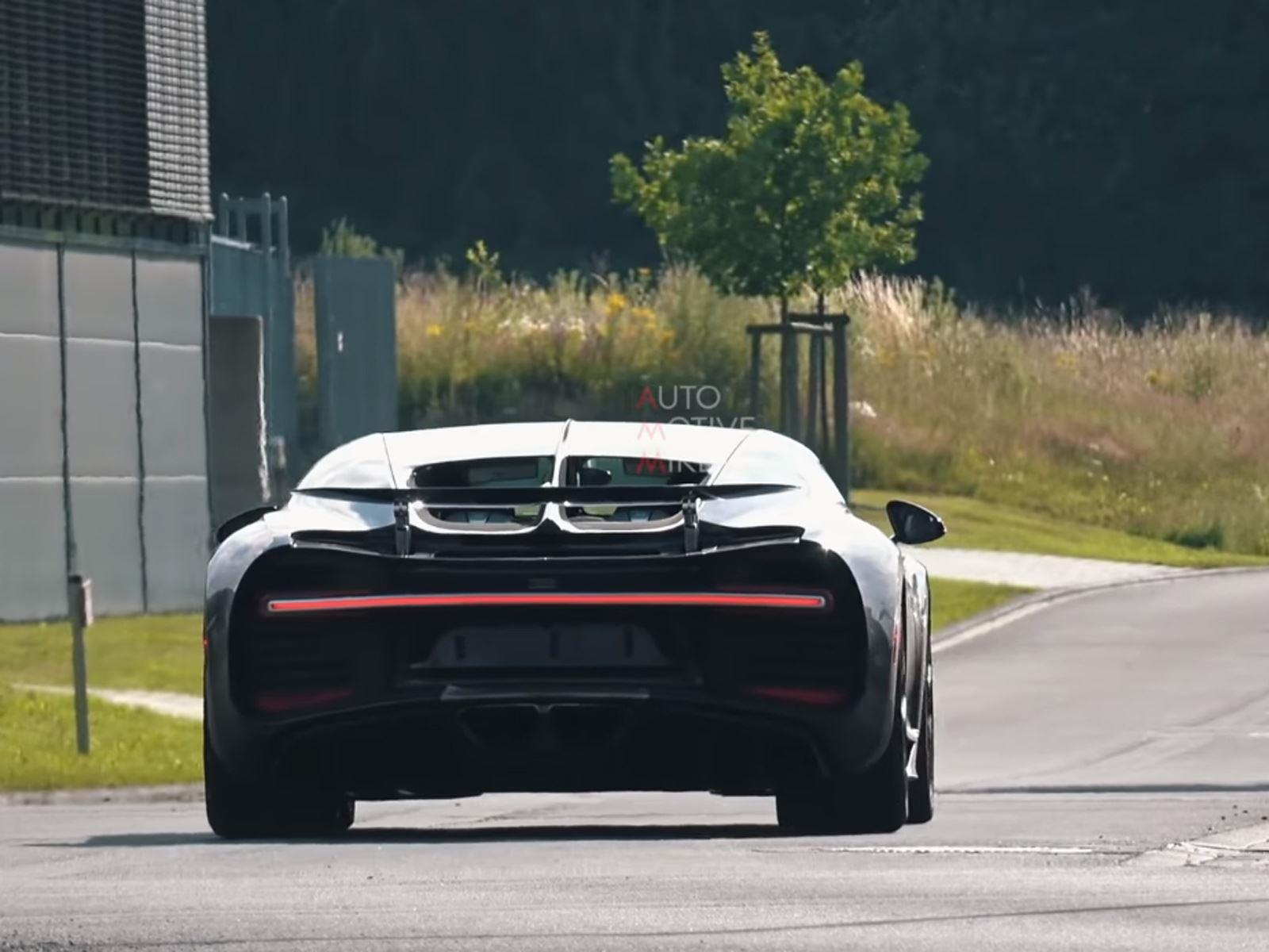 Поскольку Chiron уже не совсем новый суперкар, почему Bugatti продолжает разработку? Наиболее вероятным, хотя и неподтвержденным ответом, является то, что в разработке может быть использован ориентированный на трек вариант. В конце концов, немного бо