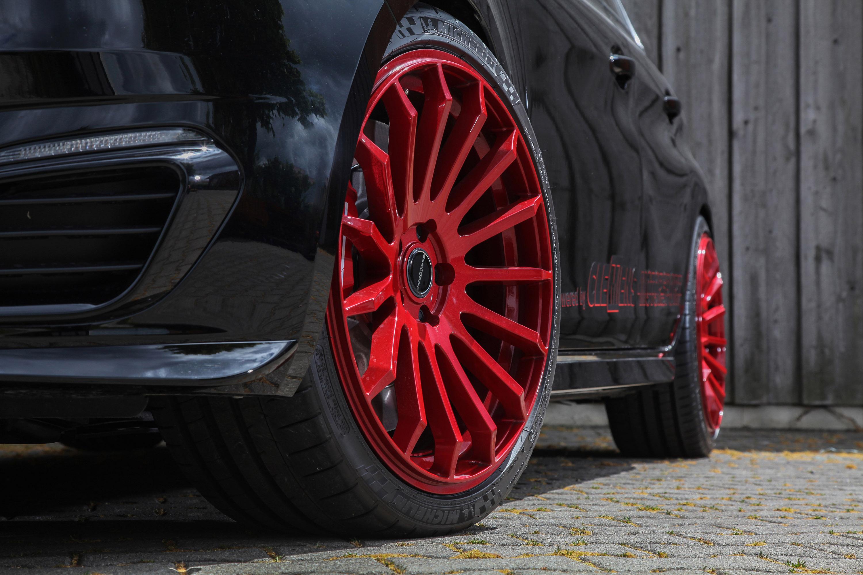 Автодилер CLEMENS Motorsport, расположенный в Ульме, специализируется на модернизации французских автомобилей - Citroen, DS и Peugeot.