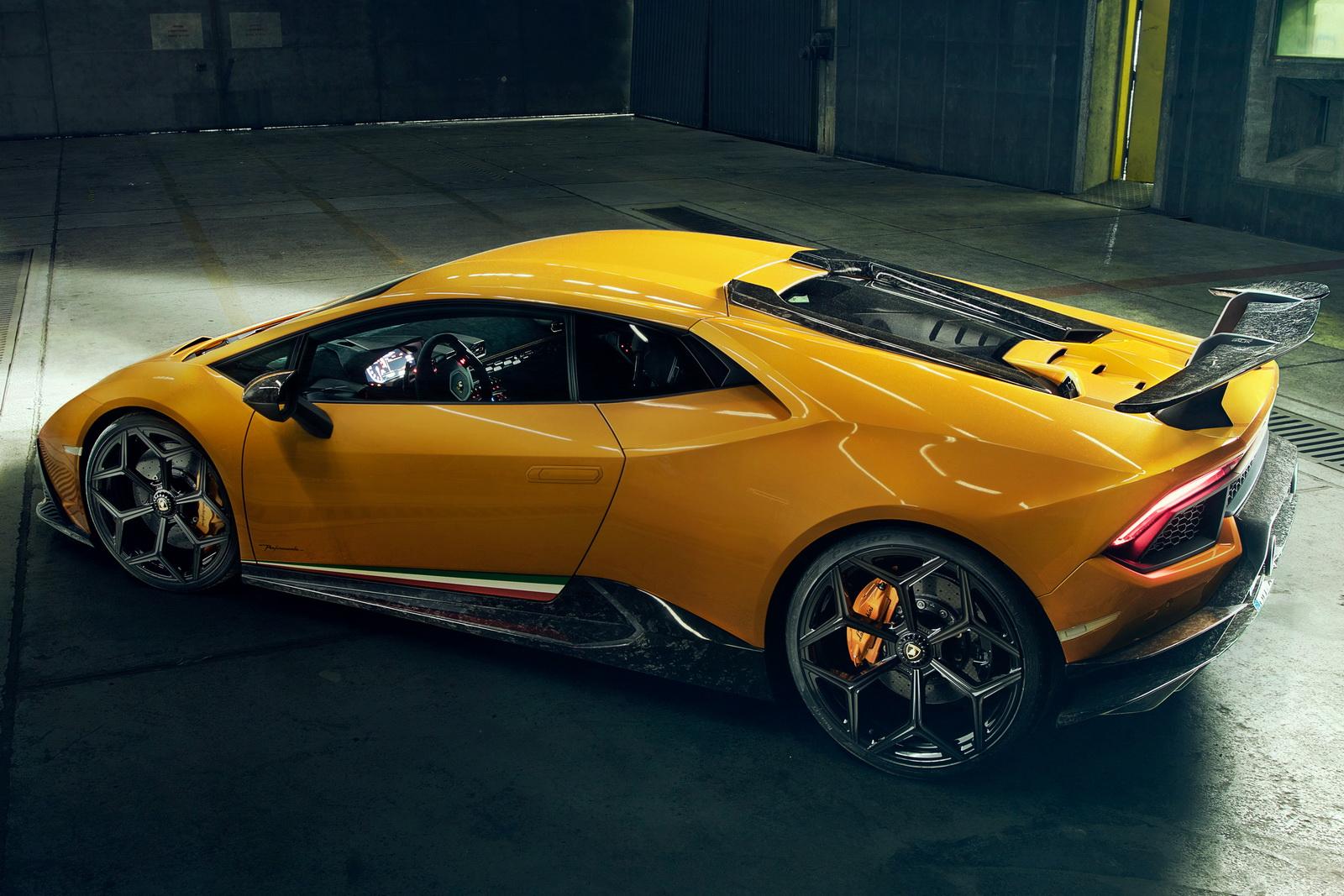 Novitec также могут предложить индивидуальные интерьеры с отделкой кожей или алькантарой. Пока что двигатель остается прежним, однако Novitec работает над комплектом обновления производительности для Lamborghini Huracan Performante, который вскоре до