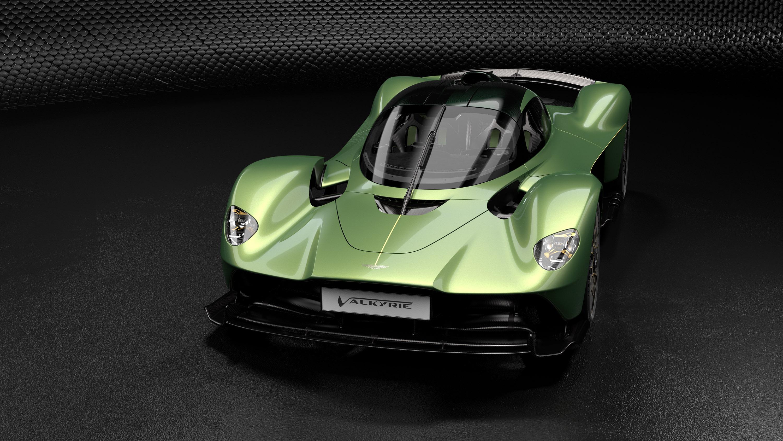 Фактически, команда Aston Martin вместе с Red Bull Advanced Technologies подготовили для всех владельцев специальный пакет обновлений, который обеспечивает еще более высокие возможности производительности для мощного Valkyrie.
