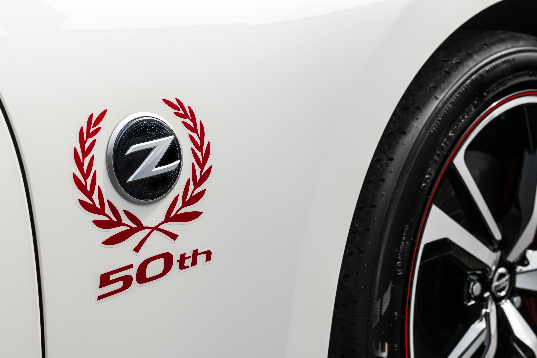 Новый 2020 Nissan 370Z 50th Anniversary Edition дебютировал в Нью-Йорке за неделю до ежегодного Международного автосалона.