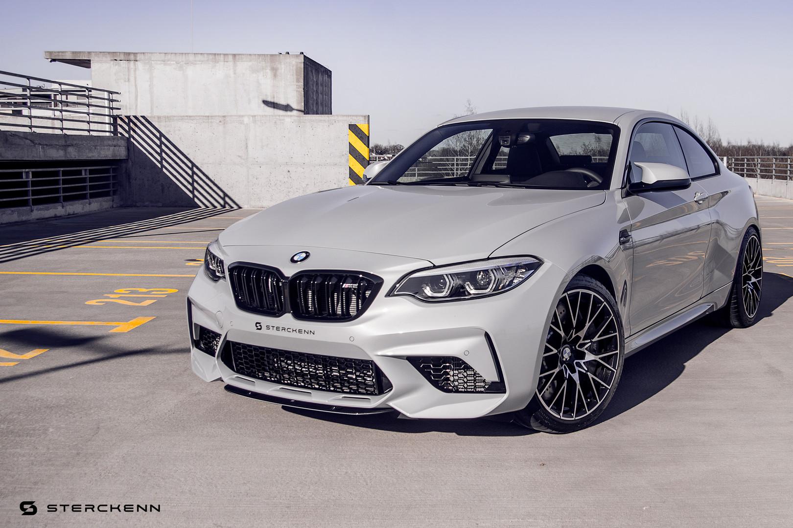 Все компоненты Streckenn изготовлены из высококачественного карбона. Компоненты Streckenn доступны для всей Европы, США, Японии и Австралии. Компания также предлагает компоненты для предыдущего поколения M5, а также для других автомобилей M.