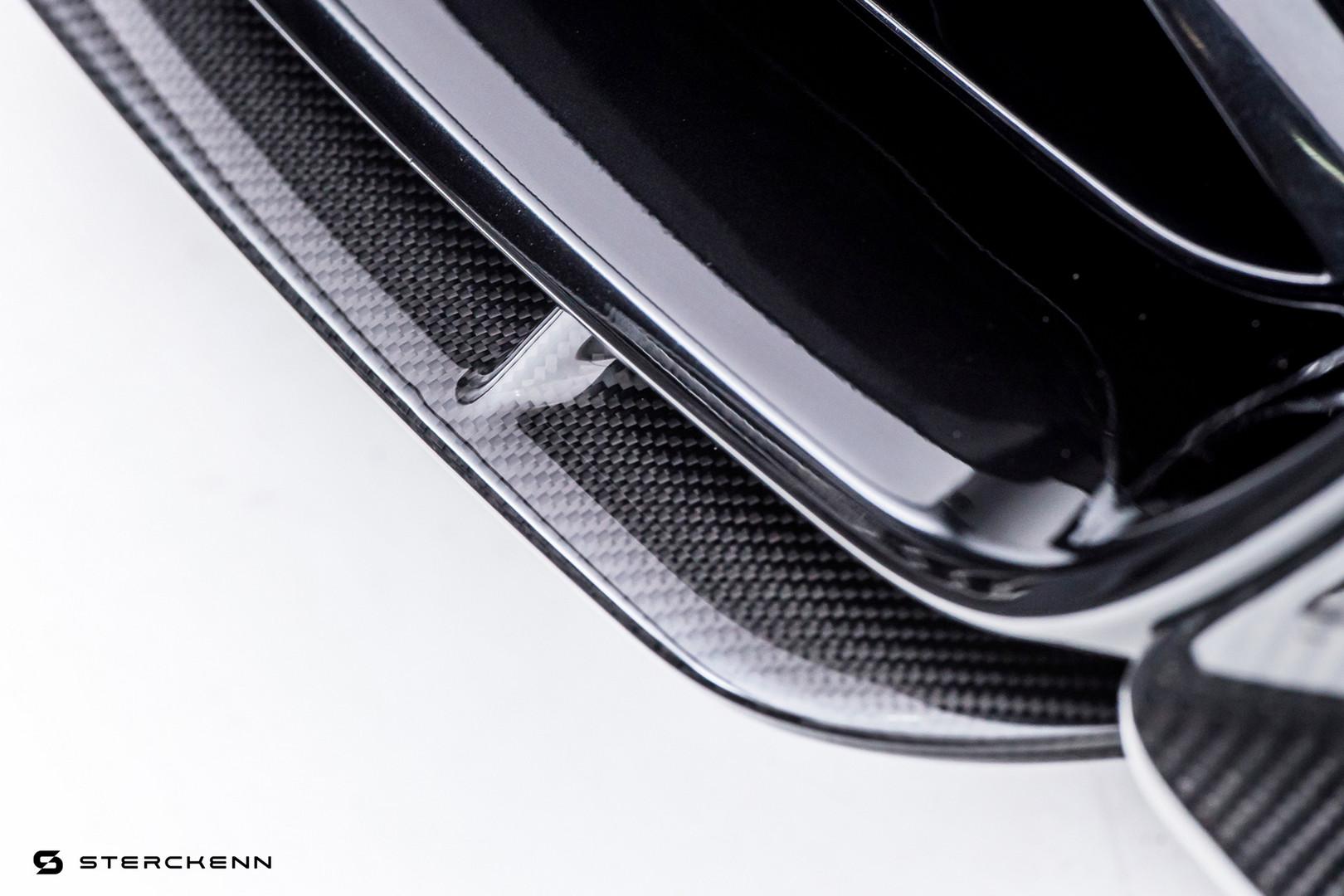 Для BMW M5 Streckenn добавил новый передний сплиттер и набор вставок для диффузора сзади.