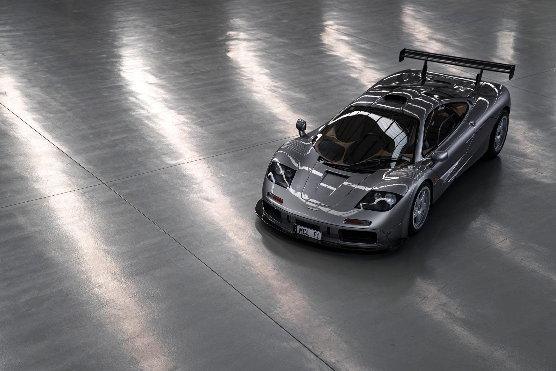 Второй автомобиль со спецификацией LM был продан несколько лет назад по выгодной цене в 13 750 000 долларов. Эти автомобили имеют большое заднее крыло, увеличенный передний сплиттер и жалюзи на передней панели, а также двигатель, перенастроенный в со