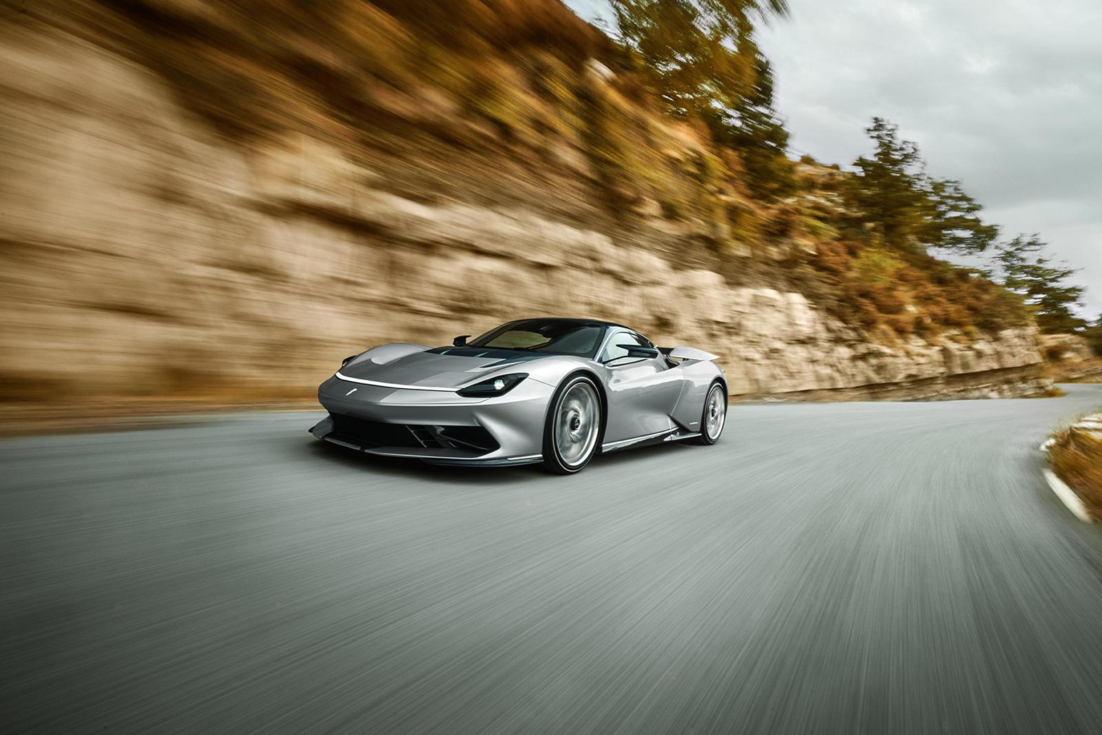 Pininfarina имеет легендарную длинную историю как дизайнерский дом и отвечает за внешний вид одних из самых важных автомобилей в истории. Компания была основана в 1930 году, и ее история производства автомобилей включает в себя работу со многими авто