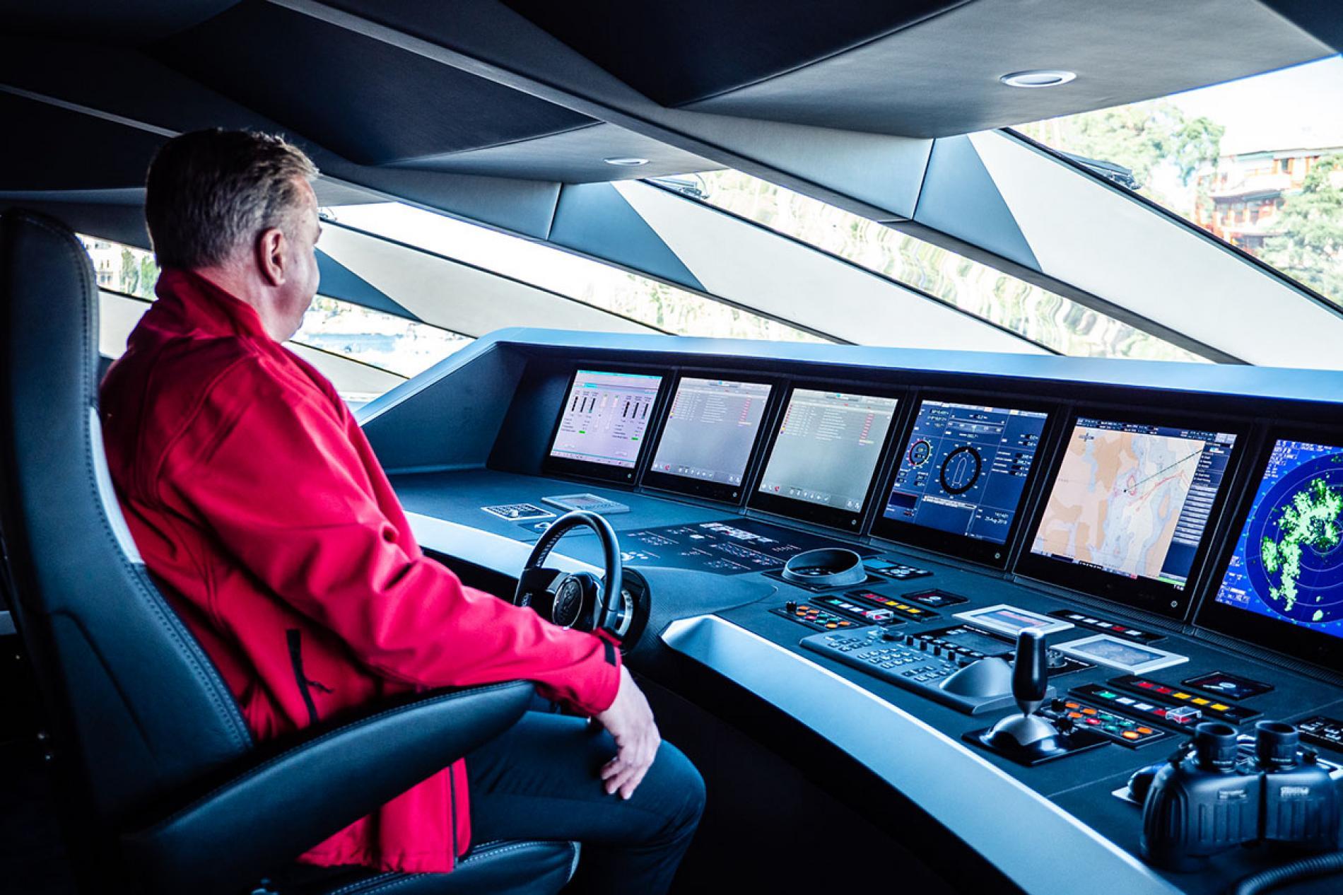 Camper&Nicholsons не раскрыли запрашиваемую цену за уникальную яхту. Учитывая объем работ, который они проделали, мы ожидаем, что цена тоже будет уникальной!