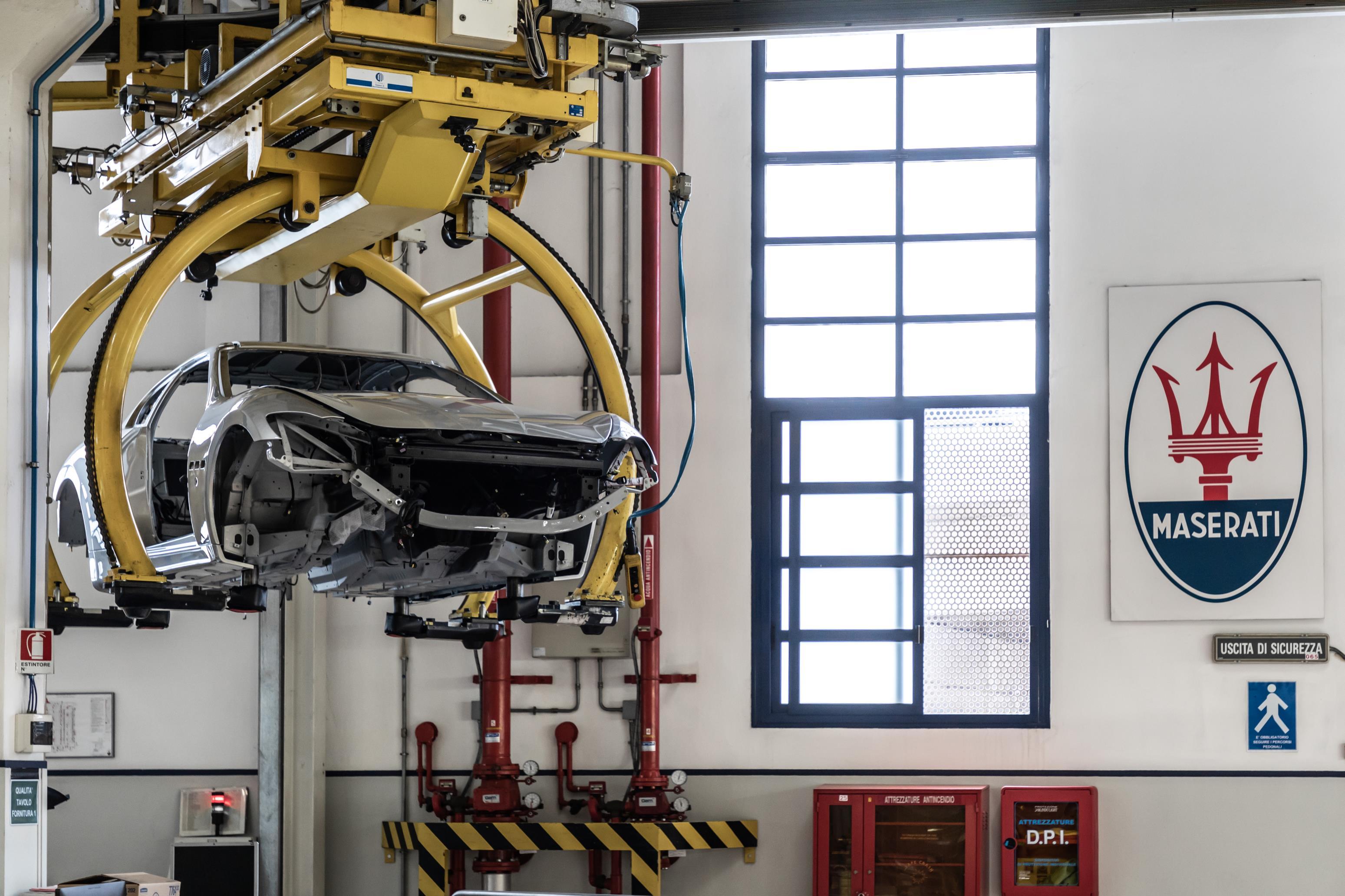 Самым большим преимуществом стал двигатель Ferrari V8 объемом 4,7 литра. Он обеспечивает эпический саундтрек в каждой итерации.