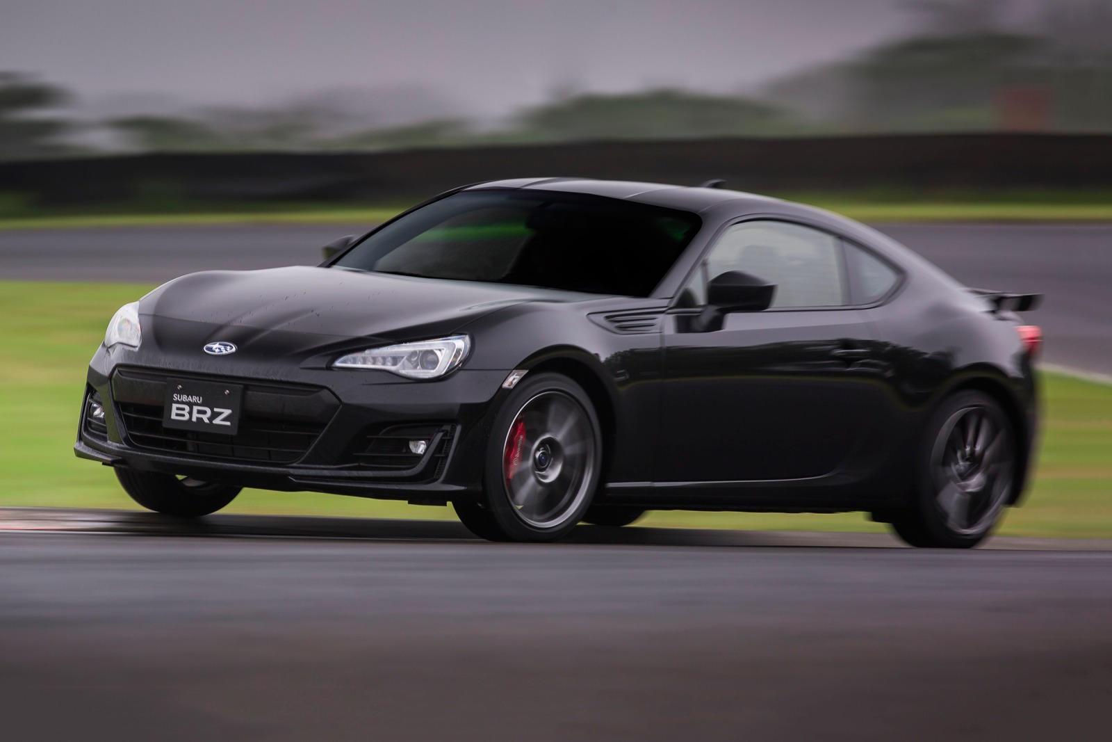 Выпуск Subaru BRZ Final Edition ограничен всего 100 экземплярами, и в нем есть несколько спортивных улучшений, включая красные тормозные суппорты, более жесткие амортизаторы Sachs и новые 17-дюймовые колеса. В стандартном варианте BRZ Final Edition с