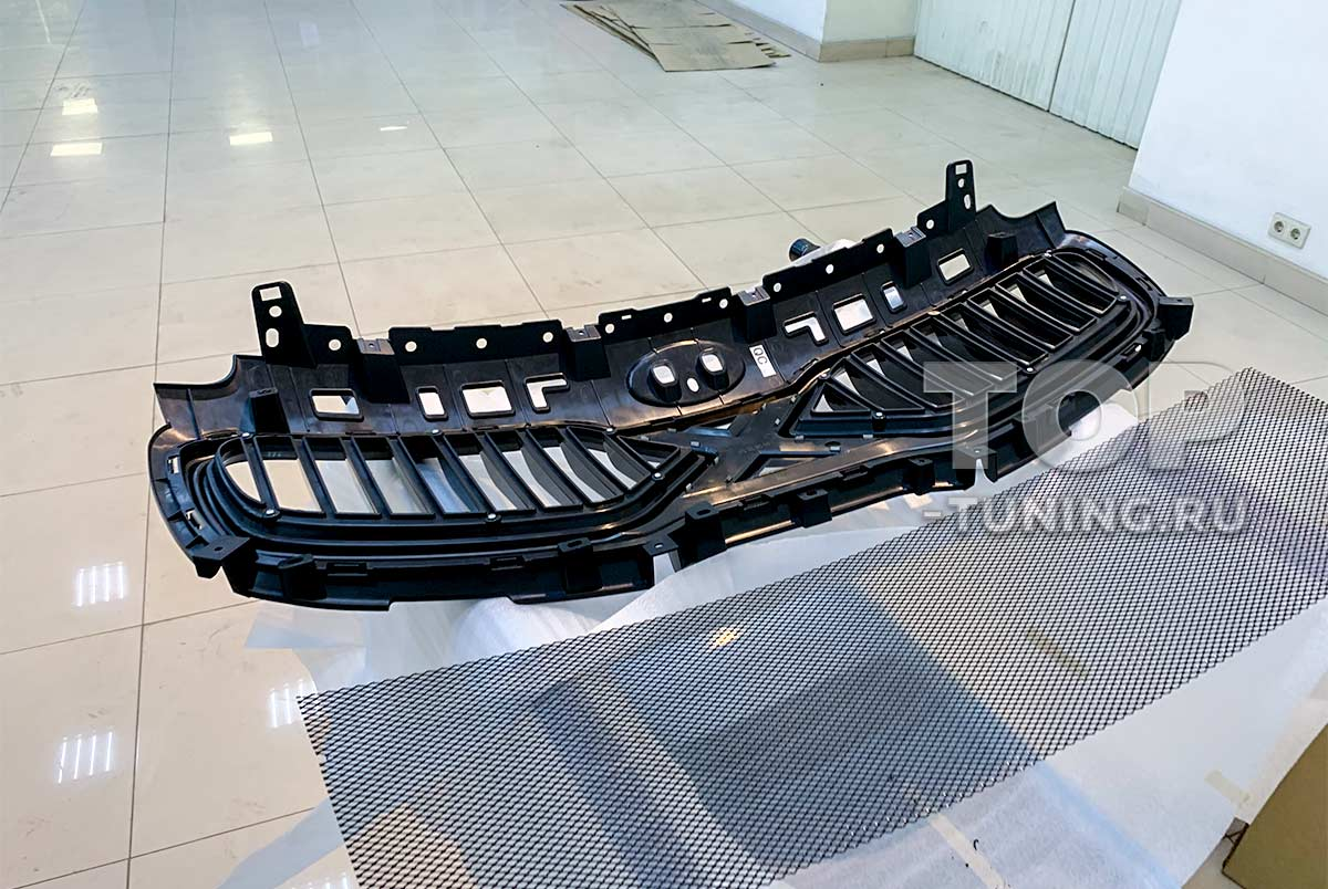103236 Установка тюнинг решетки радиатора в KIA Sportage 4