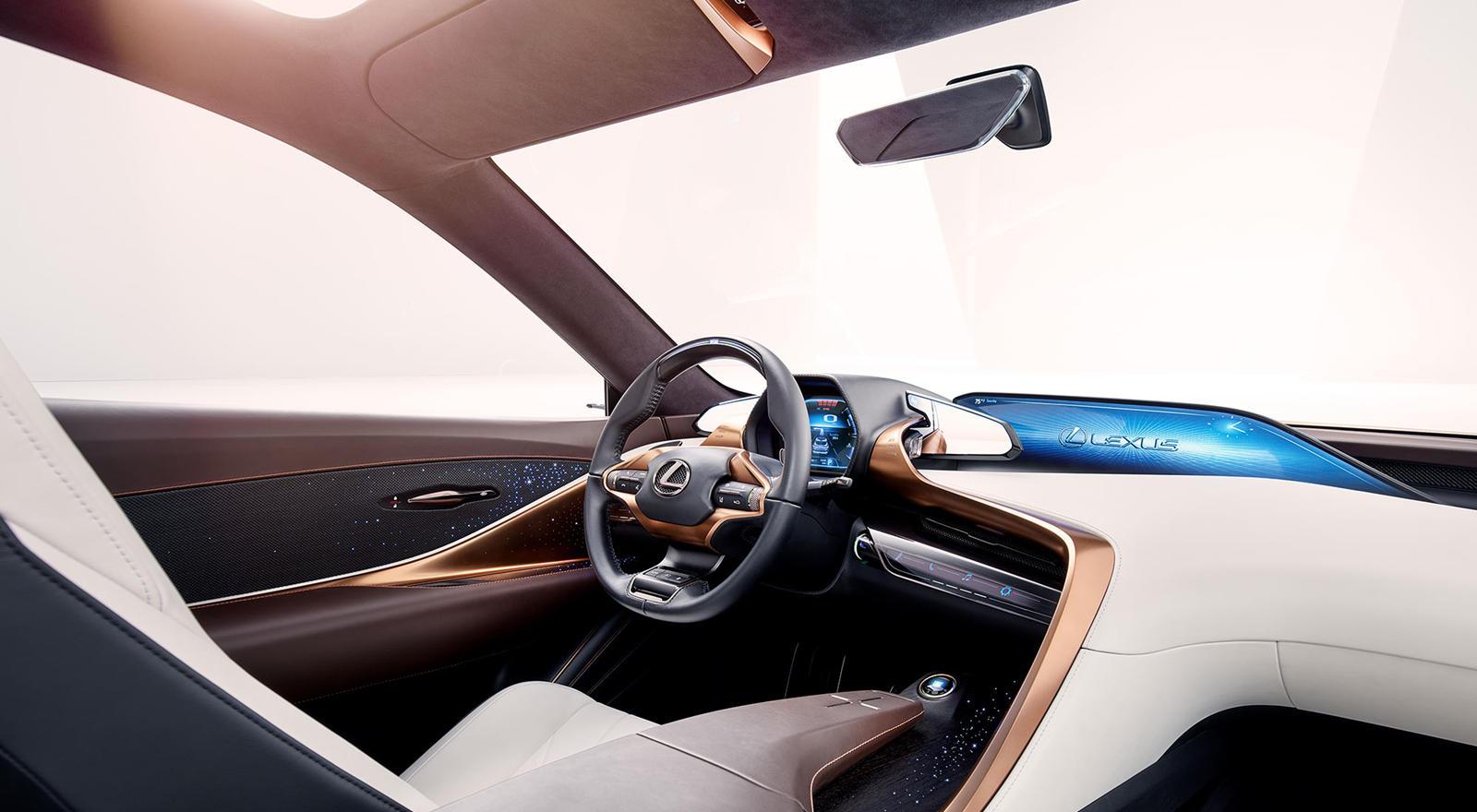 Дизайн Lexus LQ был анонсирован пару лет назад концепцией LF-1 Limitless, представленной на североамериканском международном автосалоне в Детройте в 2018 году. Ожидается, что ощность будет исходить от стандартного V6 с двойным турбонаддувом с 416 л.с