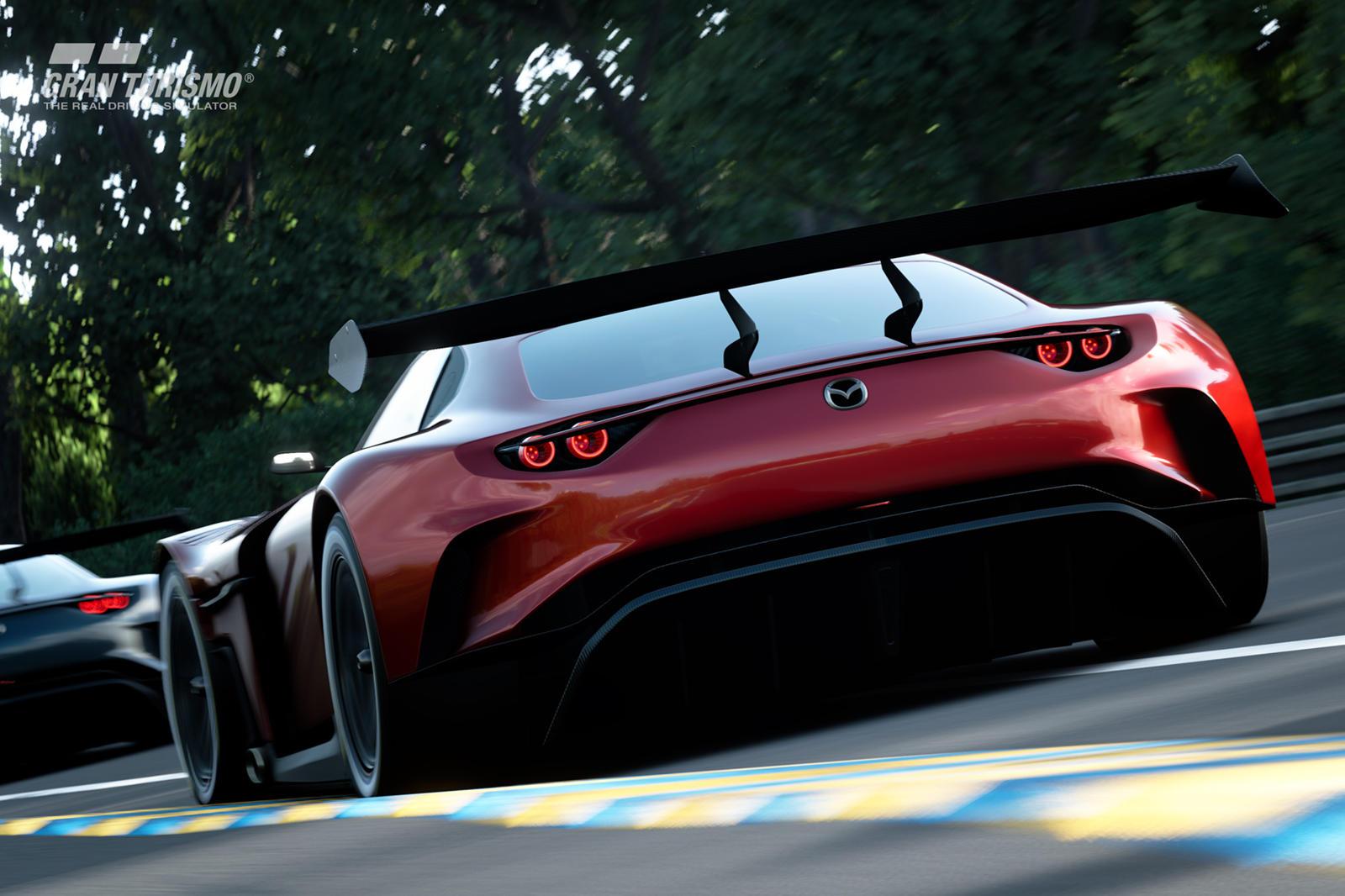 RX-Vision GT3 Concept берет оригинальный дизайн RX-Vision и добавляет более агрессивные элементы гоночного автомобиля, включая передний сплиттер, массивный вентиляционный кожух для капота, гоночные шины Michelin и огромное заднее антикрыло. Возможно,