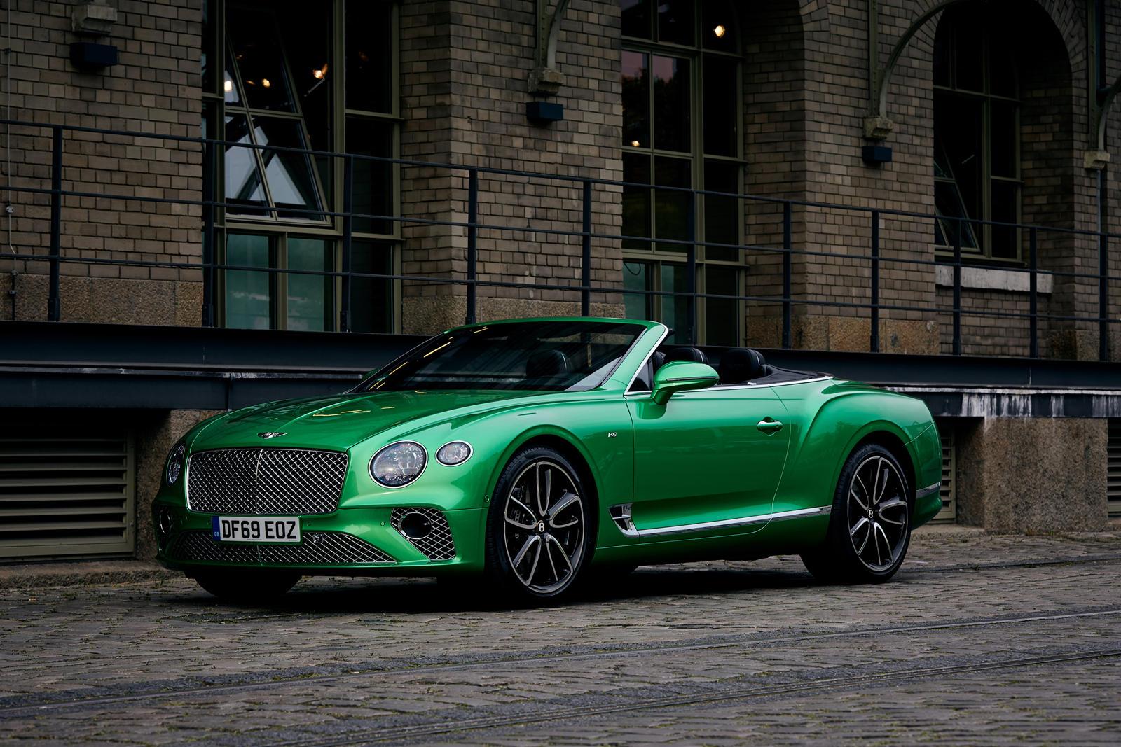 Конкурс, получивший название «Конкурс дизайна Bentley Mulliner Bacalar», позволил коллегам Bentley и их семьям разработать уникальное лакокрасочное покрытие для Bacalar, которое, кажется, выглядит величественно, независимо от его цвета. Победителем с