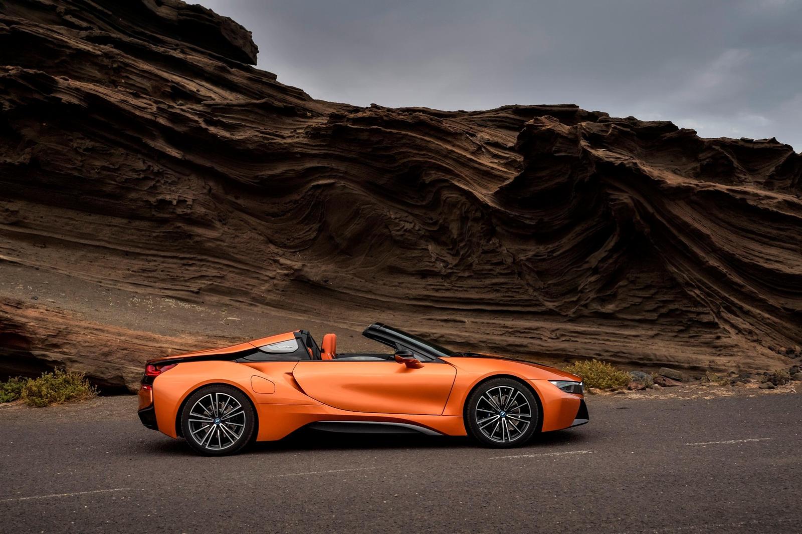i8 был ведущим гибридным спортивным автомобилем BMW с 2014 года, и с завершением производства мы увидели множество специальных выпусков, сходящих с конвейера. Но история i8 еще долго не закончится, так как послепродажные тюнеры вышли на платформу с о