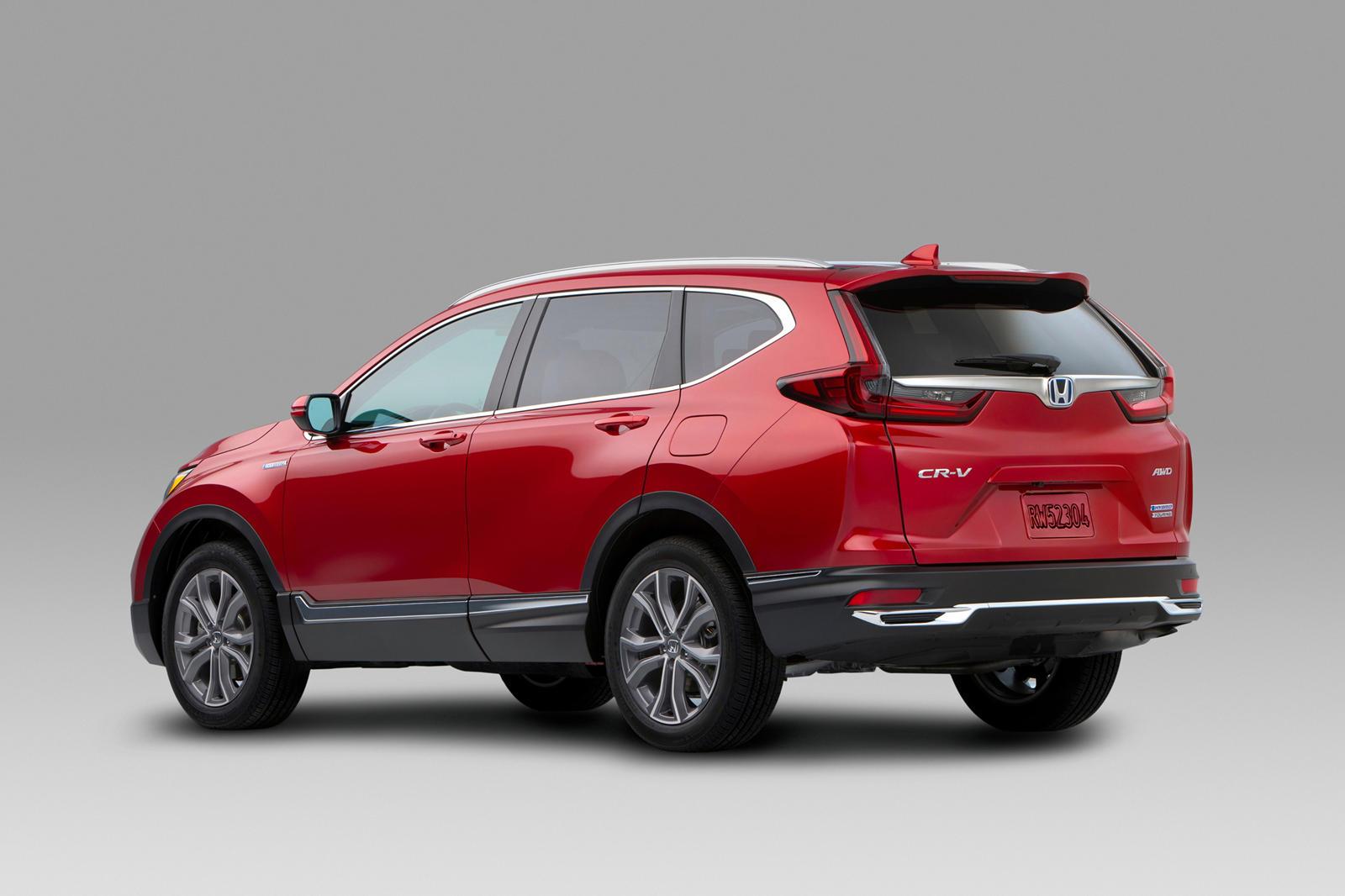 Помните первые два поколения Honda Insight? Несмотря на то, что они были невероятно экономичными из-за своих гибридных силовых агрегатов, они не сделали много, чтобы сделать гибридизацию привлекательной из-за своего несуразного стиля. Последняя верси