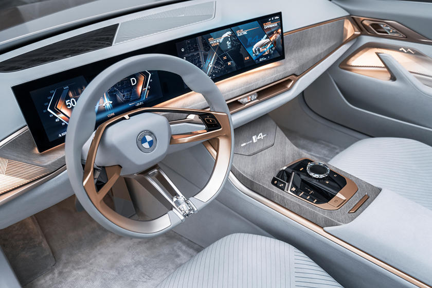 Под предыдущим руководством компания упустила лидерство, полученное с BMW i3 и, в меньшей степени, с теперь снятым с производства i8. Но это все в прошлом, а будущее - за грядущим BMW i4.