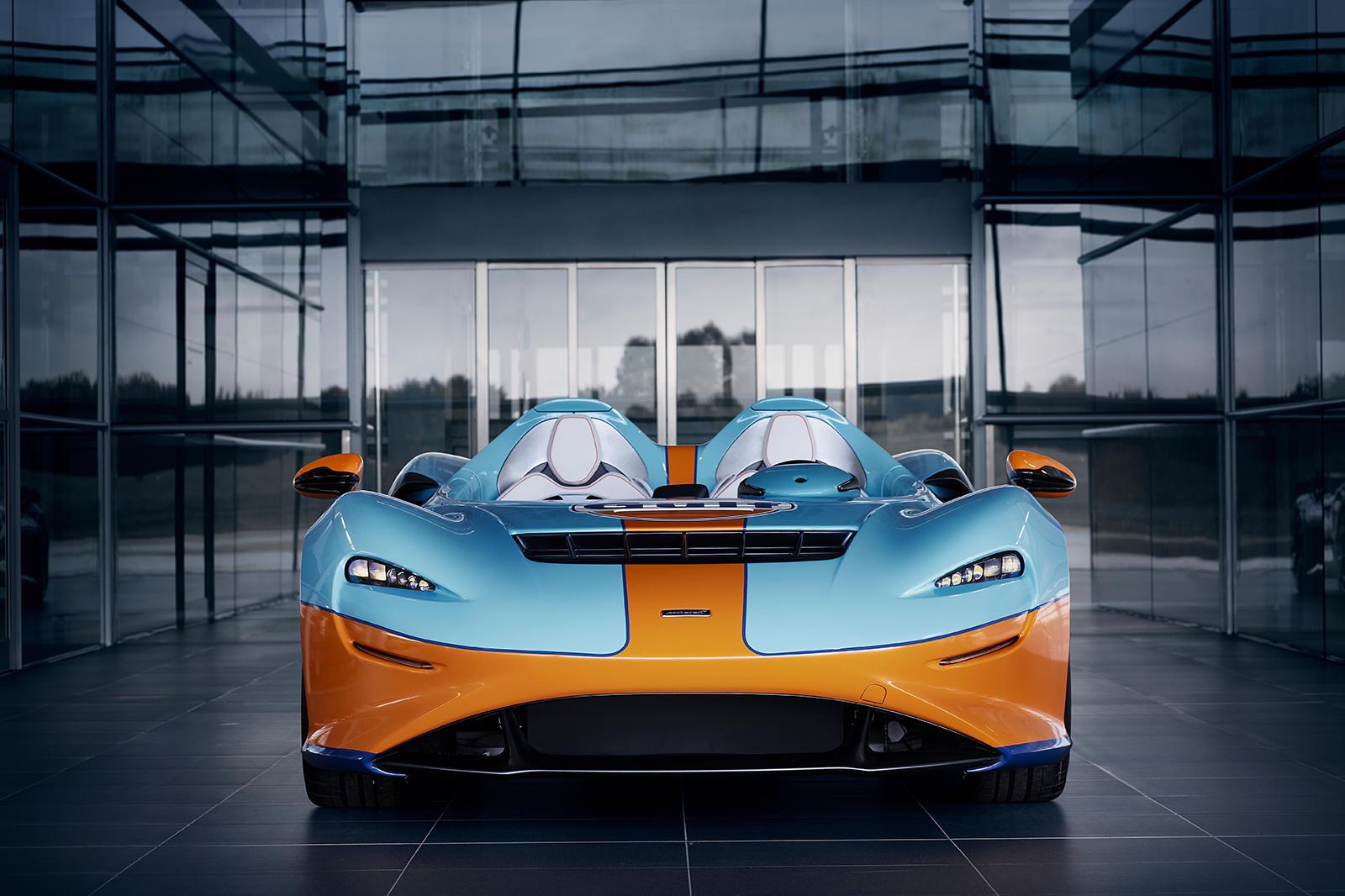 «Тема McLaren Elva Gulf Theme от MSO - это яркое празднование как истории McLaren в гонках спортивных автомобилей, так и нашего нового партнерства с Gulf Oil», - сказал Ансар Али, управляющий директор MSO. «McLaren Special Operations стремится раздви