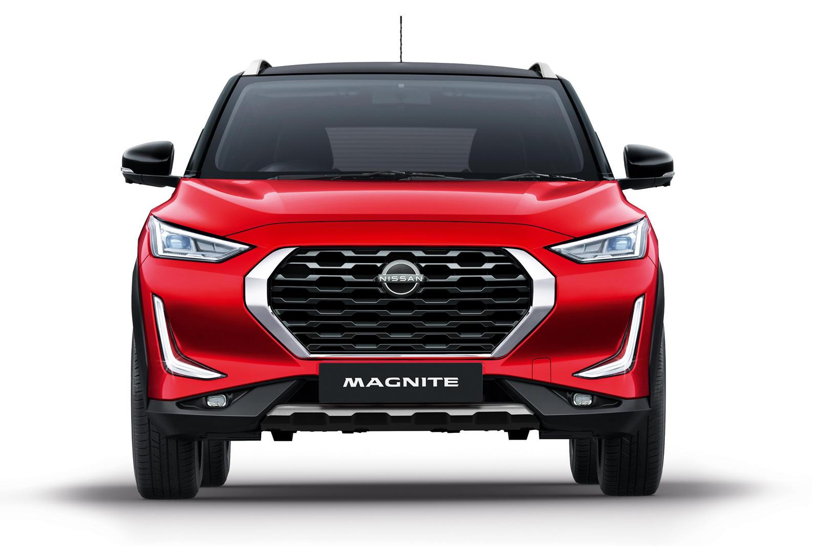 Несмотря на компактный внешний вид, длина автомобиля составляет всего 4 метра, Magnite предлагает удивительно просторный салон.