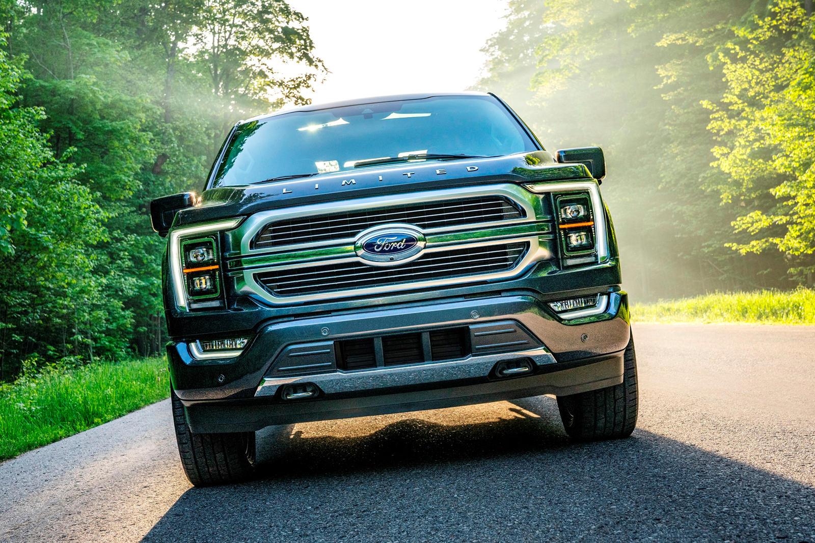 Еще в 2016 году Ford впервые объявил о своем плане вывести на рынок массовый полностью автономный автомобиль к 2021 году. Еще неизвестно, будет ли запуск таким грандиозным, каким хотел Ford, но компания остается как и прежде привержена идее технологи