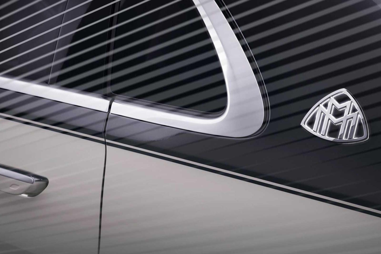 Представленный всего два месяца назад 2021 Mercedes-Benz S-Class является одним из самых роскошных и технологически продвинутых автомобилей на рынке. Стандартный S-класс использует 3,0-литровый рядный шестицилиндровый двигатель с турбонаддувом мощнос