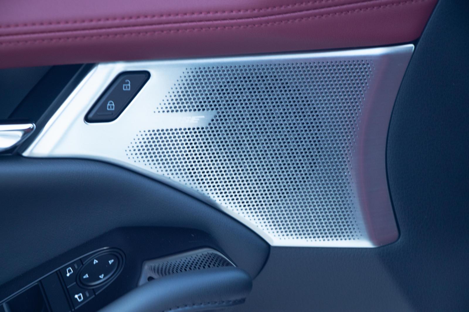 Mazda3 2.5 Turbo не обязательно ориентирована на характеристики на треке, но с полным приводом, турбонаддувом и шестиступенчатой автоматической коробкой передач она явно настроена на скорость.