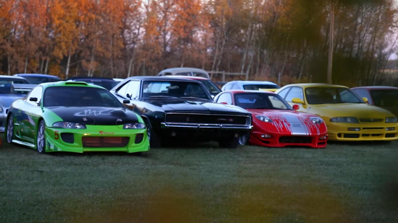 Это дорогостоящее хобби, но Хорхе привозил автомобили из Японии, чтобы с выгодой продавать их в США и тратить на свою коллекцию. За пять лет ему удалось переделать десять Toyota Supra.