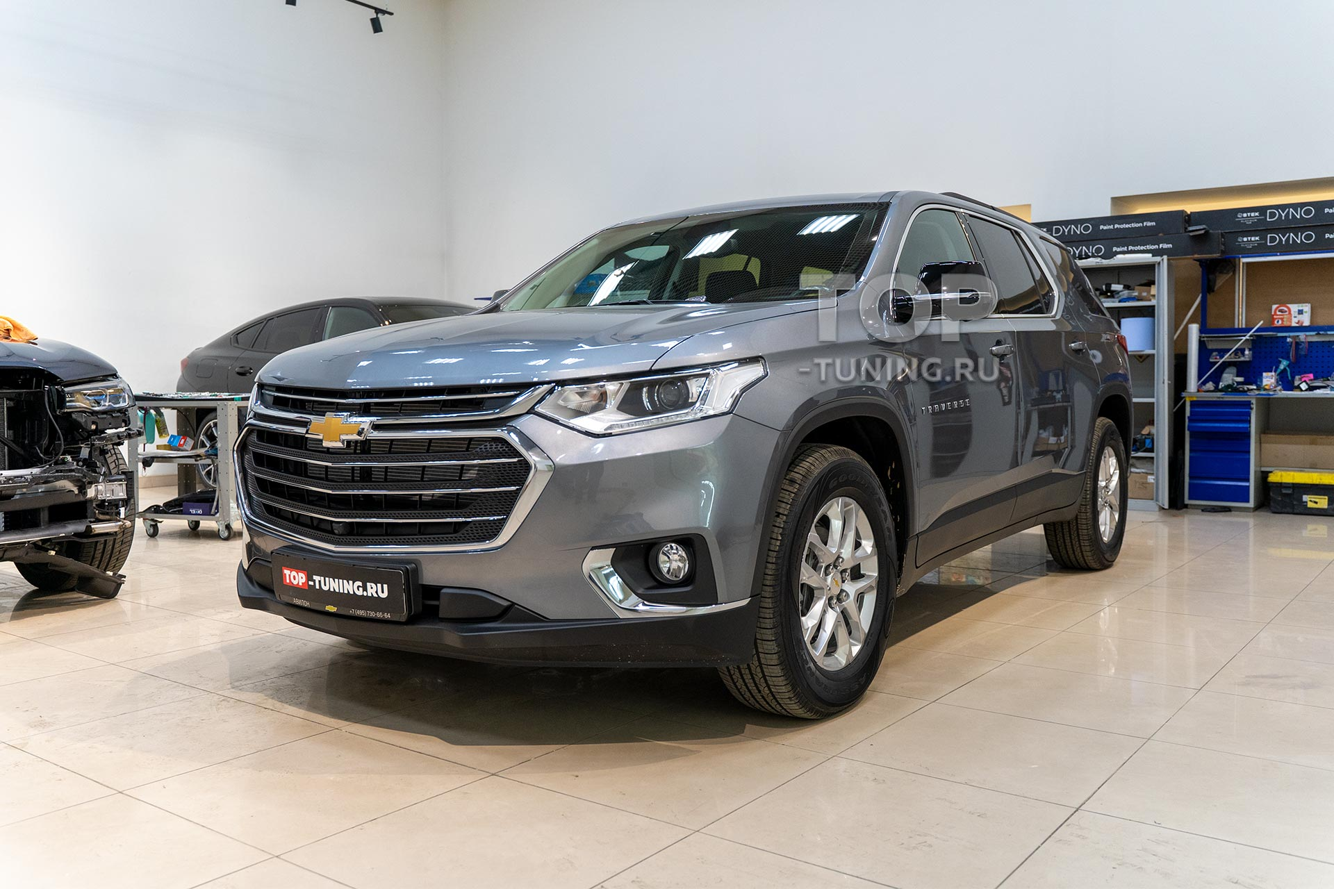 Установка сетки в бампер Chevrolet Traverse II 2020