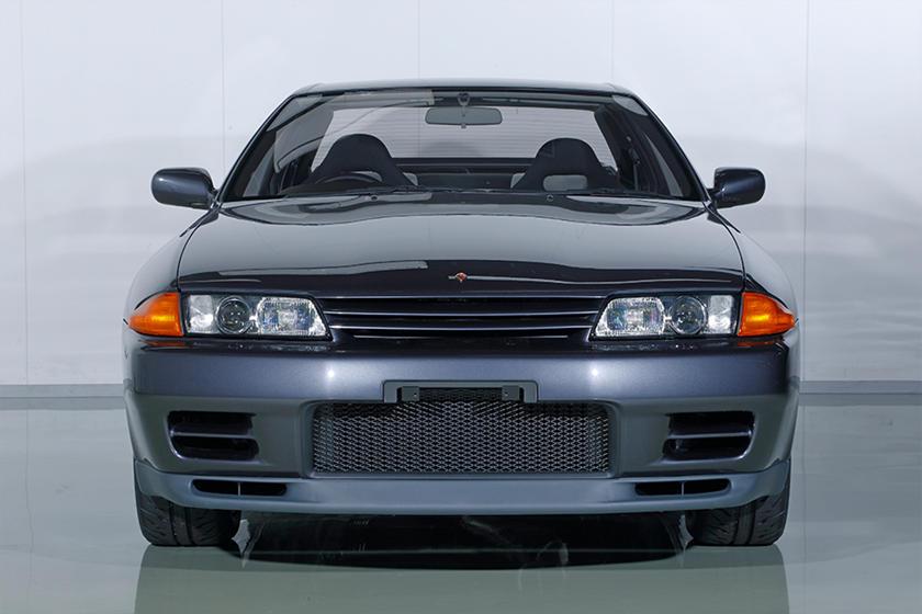 2021 Nissan GT-R Nismo может стать самым мощным автомобилем Nissan, но уровень детализации этих реставраций делает его просто обычной машиной.