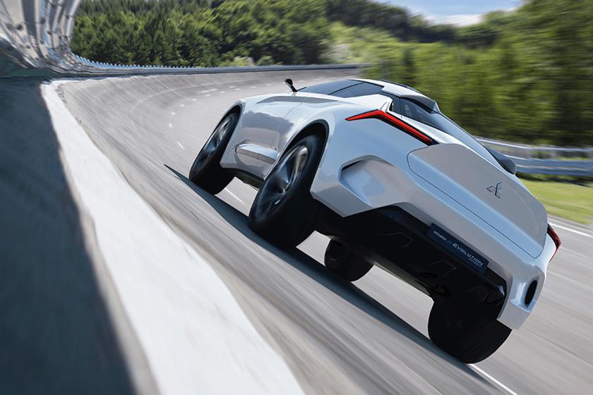 Mitsubishi - японский автопроизводитель, о котором мы иногда забывает. Третье колесо альянса Renault-Nissan, Mitsubishi недавно столкнулся с собственными трудностями и, как и Nissan, приступил к реализации плана улучшения, цель которого состоит в том