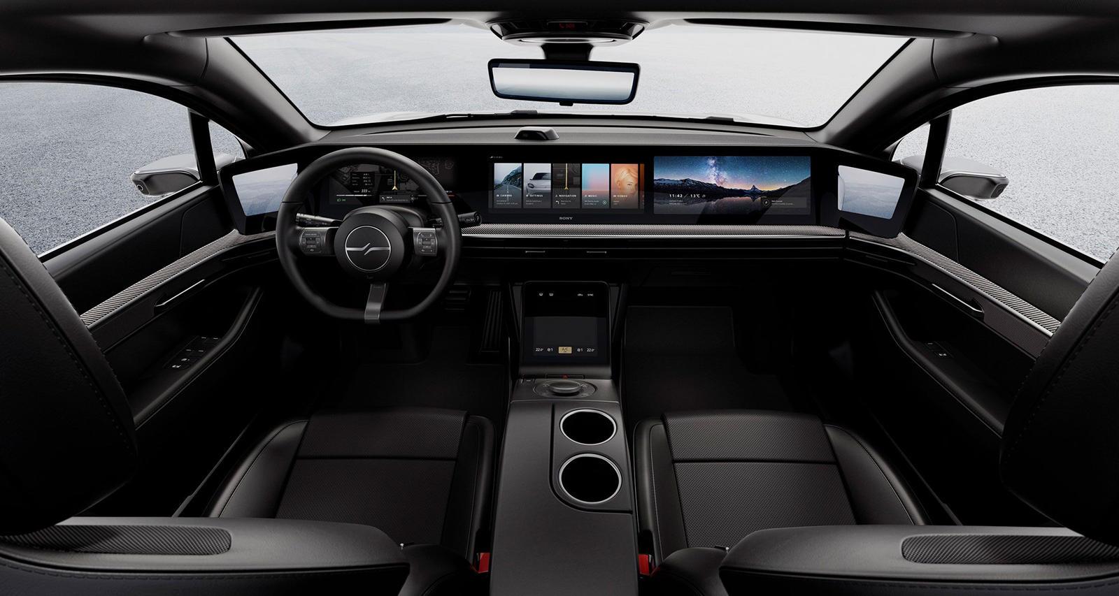 Что касается боевых снимков, дизайн концепта не изменился с тех пор, как мы впервые его увидели, поэтому снимки Vision-S на дороге в Европе просто показывают, что это полностью функционирующий прототип. Sony не разглашает, изменились ли спецификации,