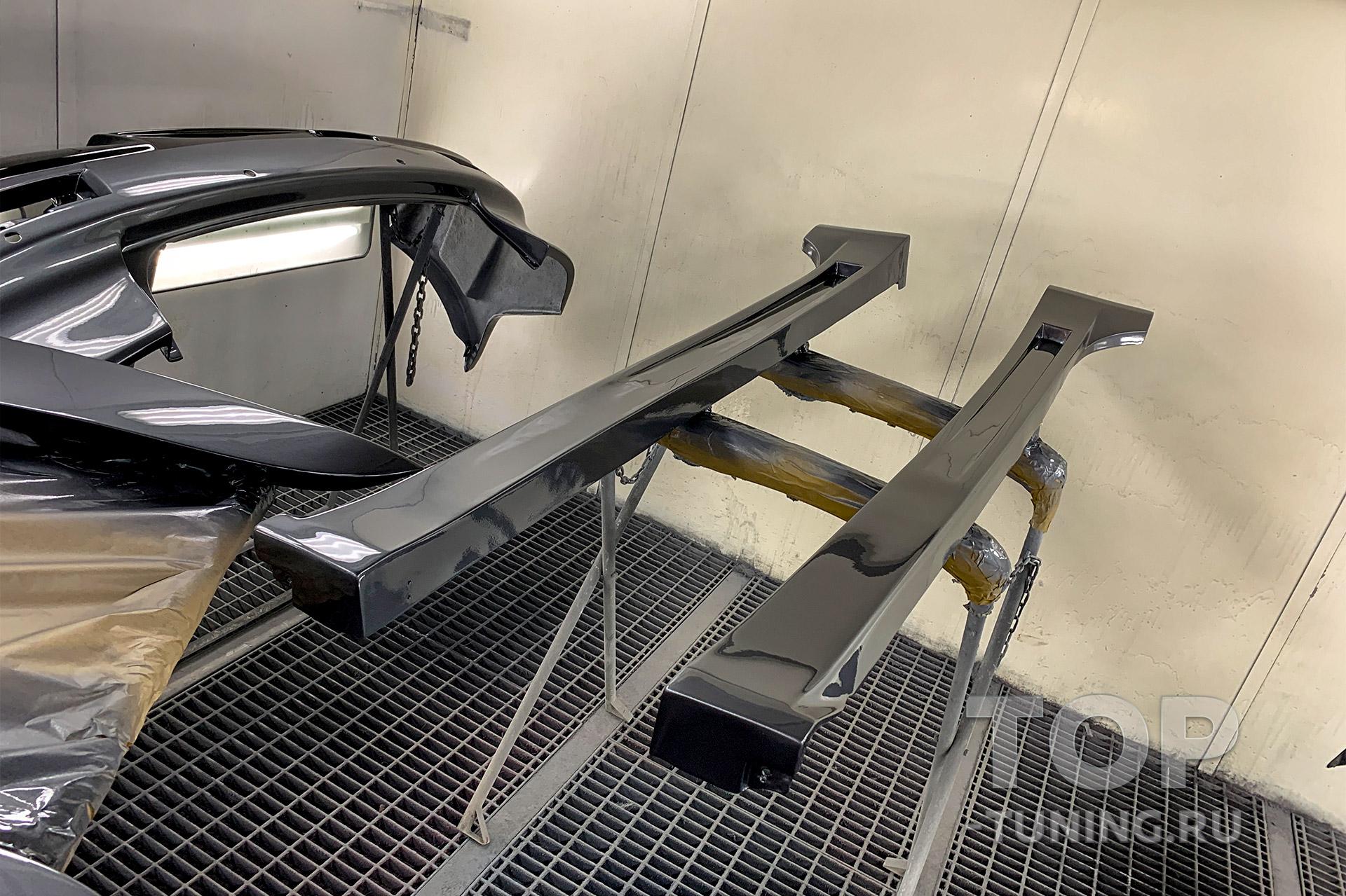 Накладки на пороги - тюнинг Акколейд ГТ400 (после окрашивания)
