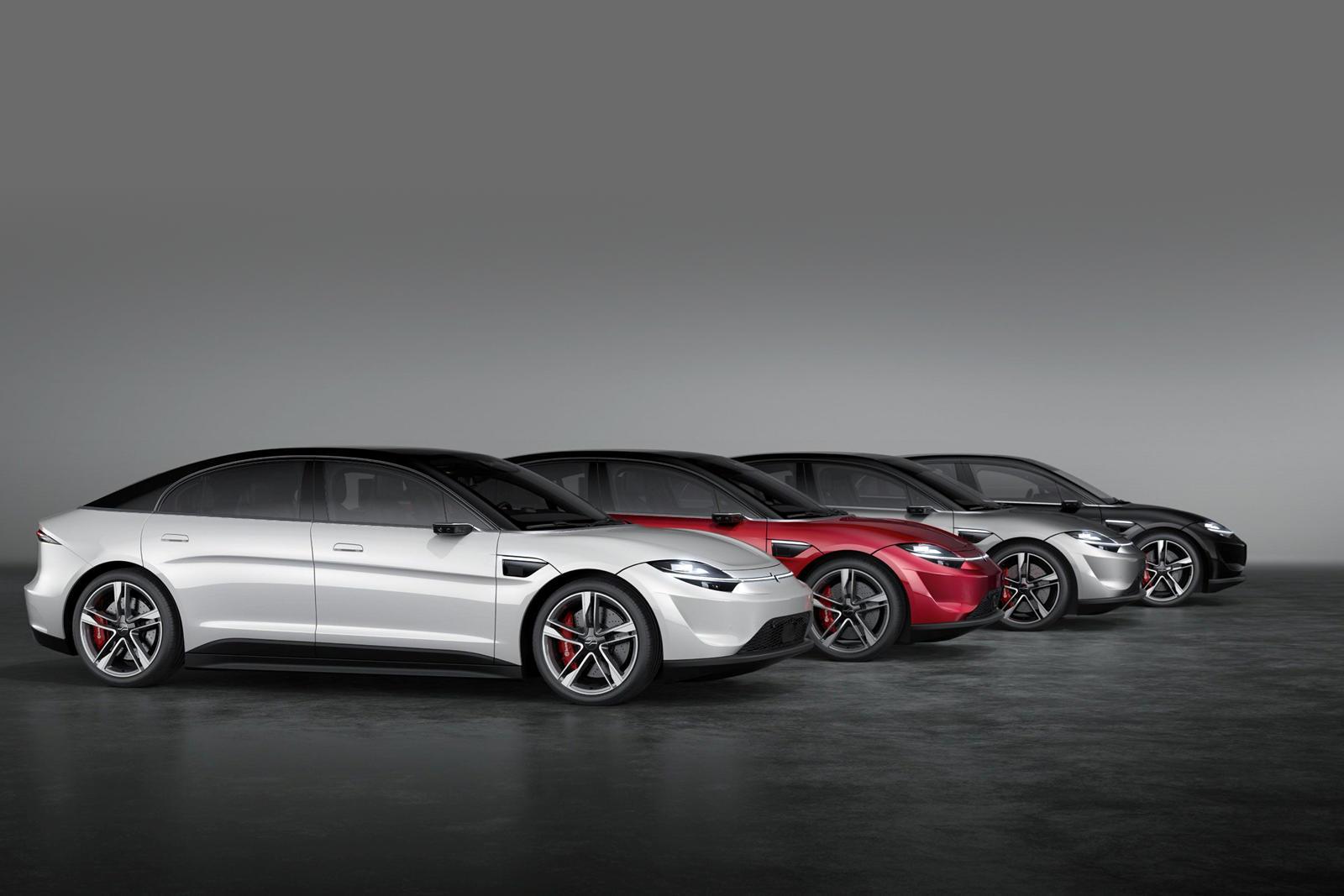 В недавнем интервью Car and Driver представитель Sony сказал, что автомобиль не будет предназначен для потребительского рынка, а вместо этого будет использоваться в качестве испытательной платформы для технологий автономного вождения компании:
