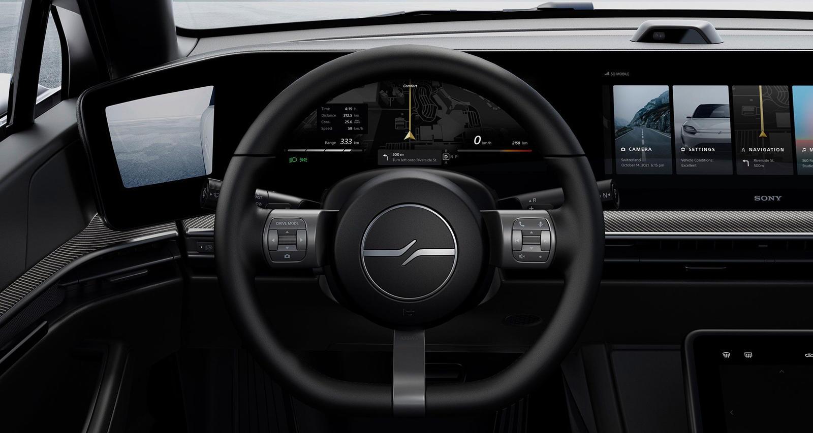 Sony также известен своими аудиотехнологиями, и Vision-S включает в себя «360 Reality Audio», который создает звуковой кокон вокруг голов пассажиров, и с оценкой в 536 лошадиных сил это тоже неплохо.