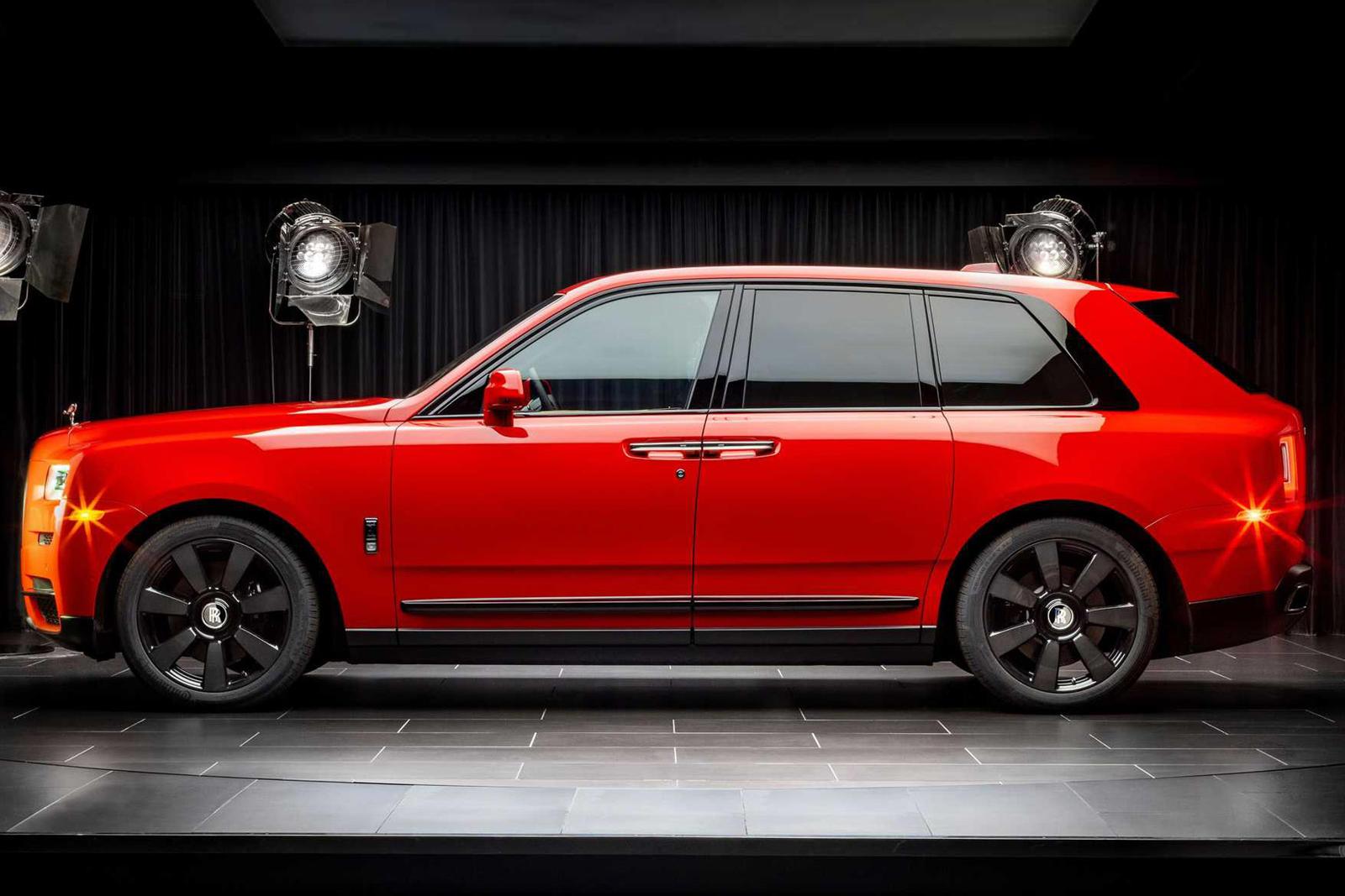 Rolls-Royce представляет новые цвета для Cullinan